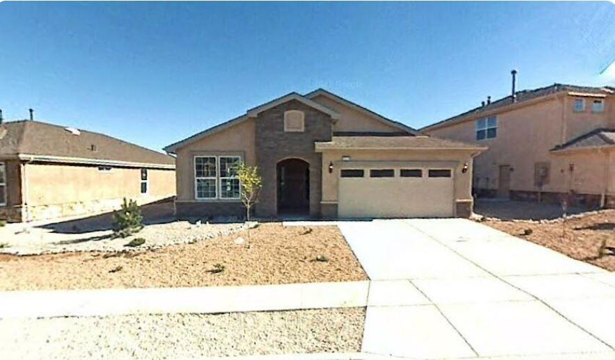 Beautiful Pulte Home in the Ventana Ranch gated community, like new condition, city and mountain views from elevated east facing rear yard. Professionally landscaped front/rear yard.  Make this home yours today!