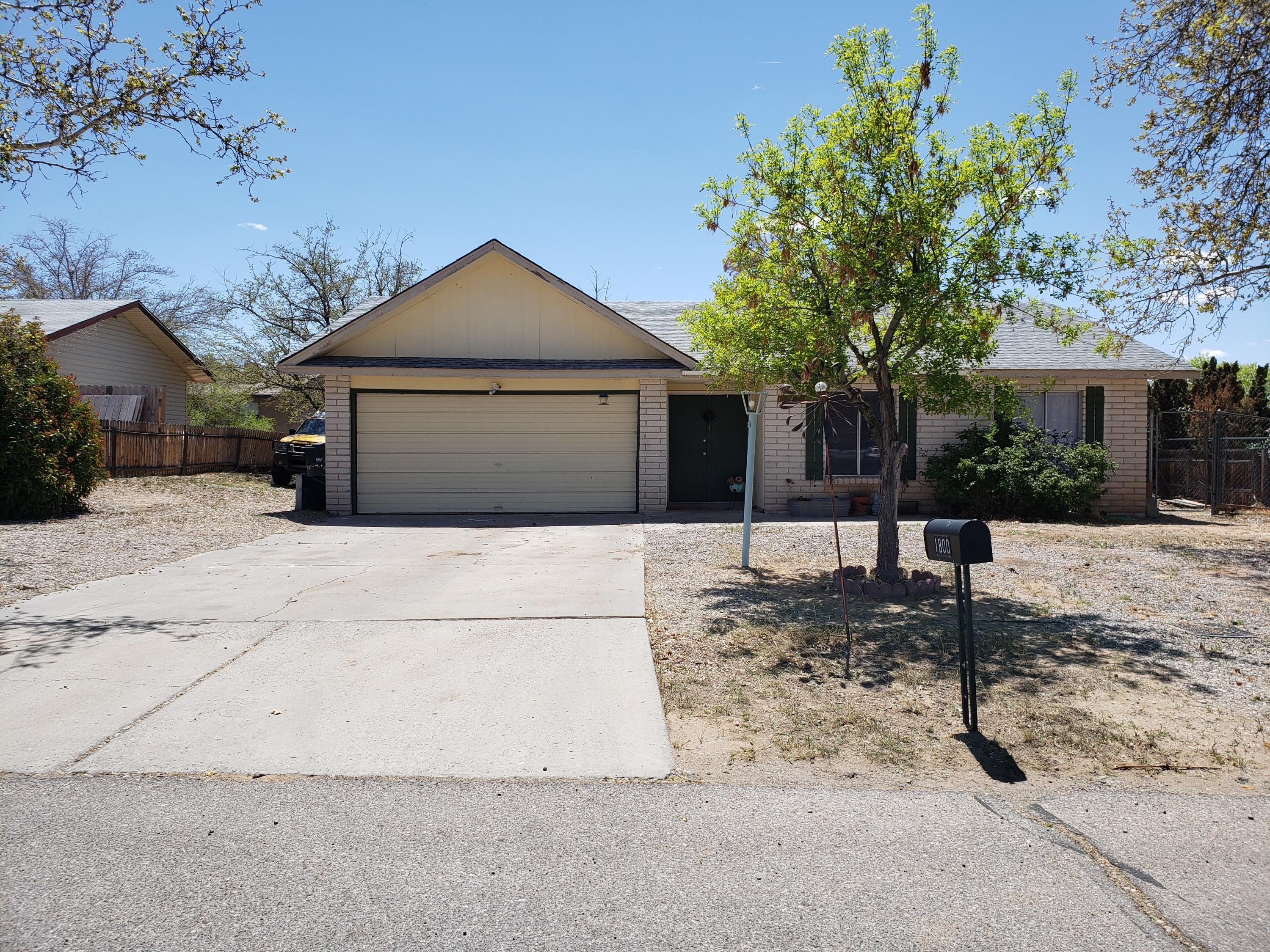 Single family home in a convenient location in Rio Rancho with great bones to fix up and enjoy! This house features a converted garage that is being used as a gym or could be an additional bedroom. Fenced backyard and dog run on one side. This home is in need of some drywall/paint work and is perfect for the go-getter or handy man. Price reflects the condition of the home.