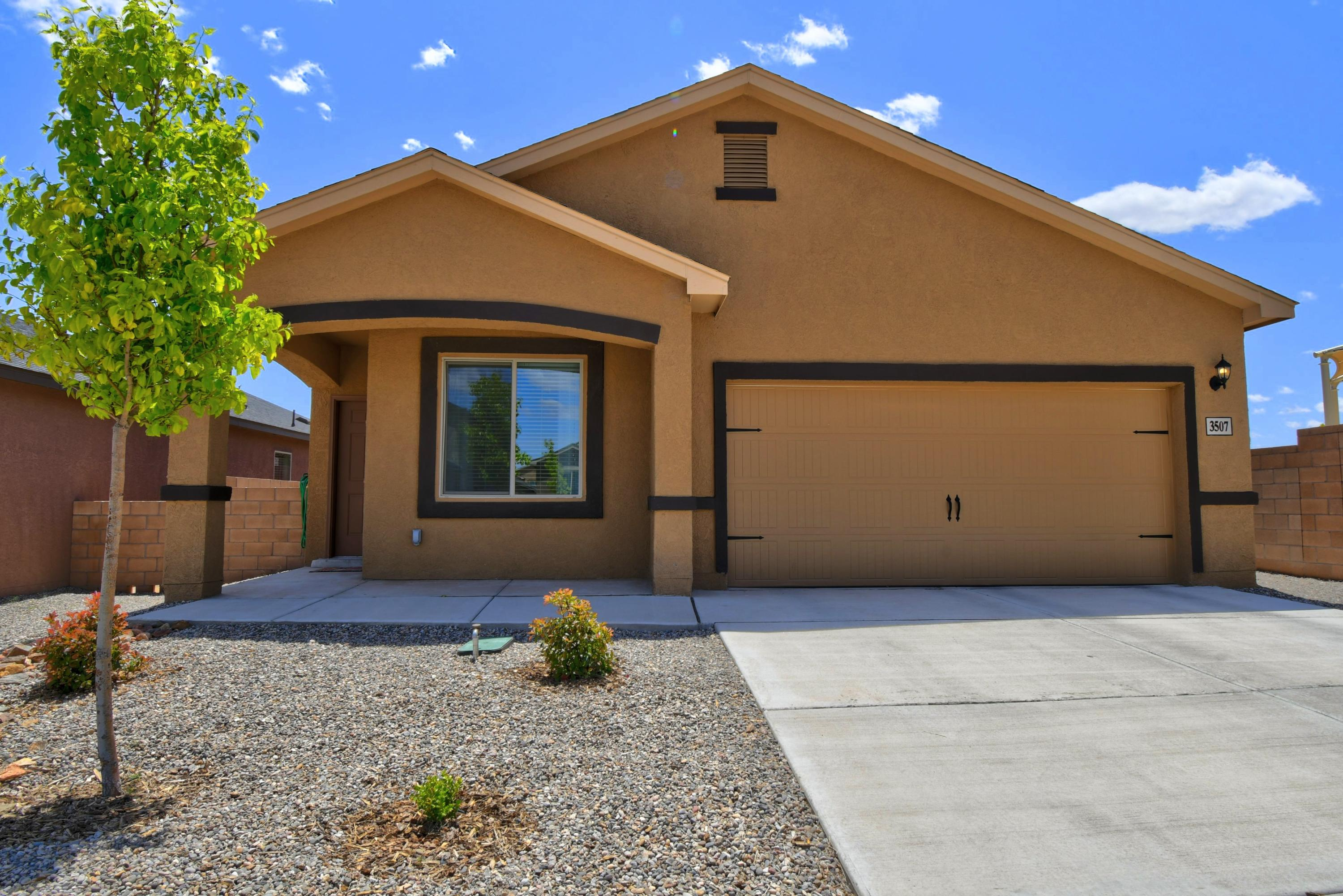 Beautiful newer home with 3 beds plus office room. Granite countertops in the kitchen and established trees and grass in the backyard. A must see for anyone wanting to live in the Rio Rancho area.