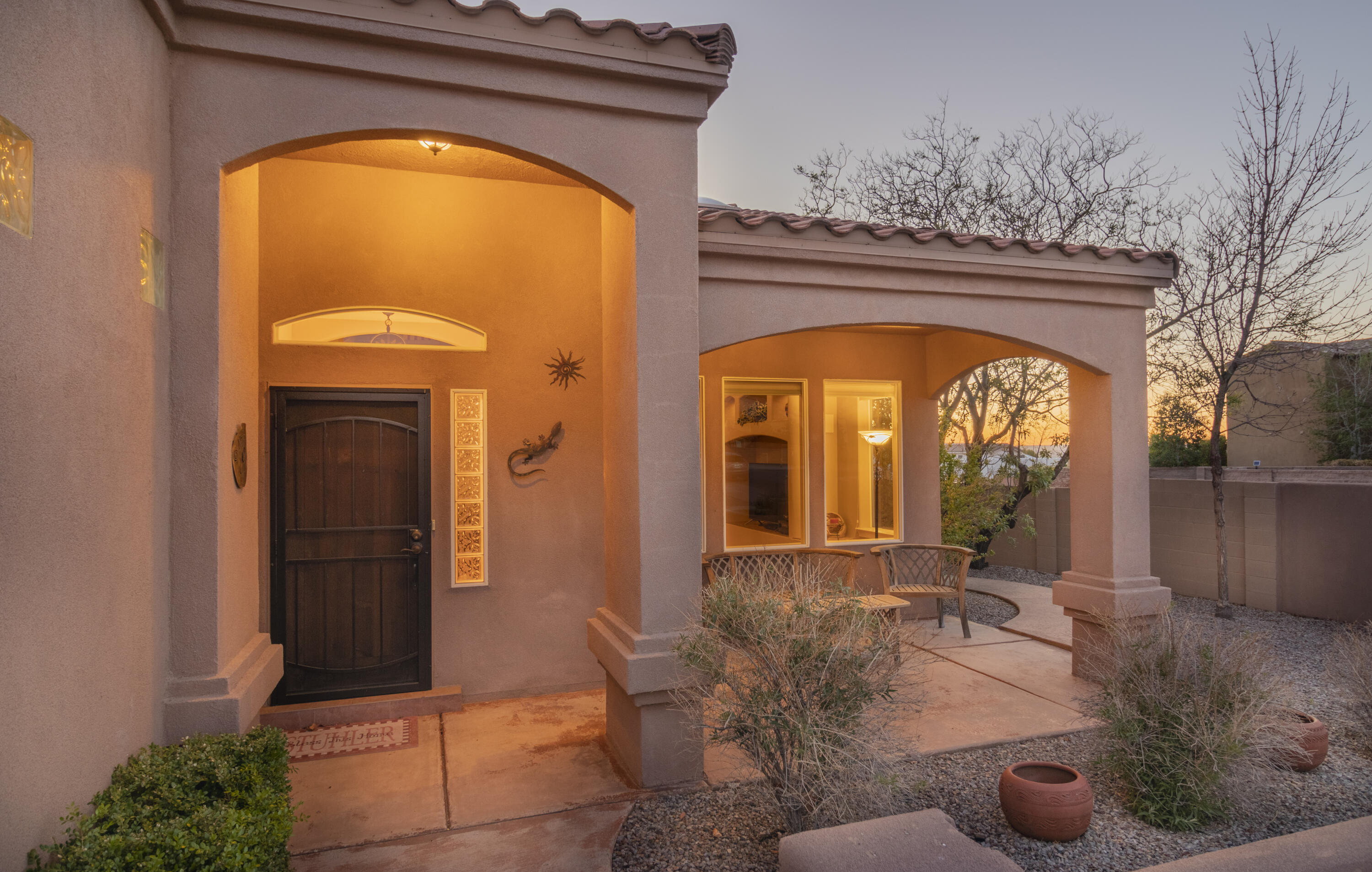 Open Saturday, May 15 th , 1-3 pm. Welcome home! This rare and stunning home sitson a corner lot and quiet cul-de-sac street. This is a west Albuquerque Acres 2,661 sq. ft beauty on abeautifully landscaped 0.30 acres. Enjoy the open floorplan, natural light and gorgeous high ceilings.There are 4 bedrooms, a loft, 2 1/2 bathrooms and finished 3 car garage. A private deck and mountainviews are available off the 4 th bedroom. The owner's suite sits on the first floor with a separate entranceinto the immaculately landscaped backyard with mature shade trees. This home even has an enclosedfront courtyard and no HOA! Hurry, this one won't last!