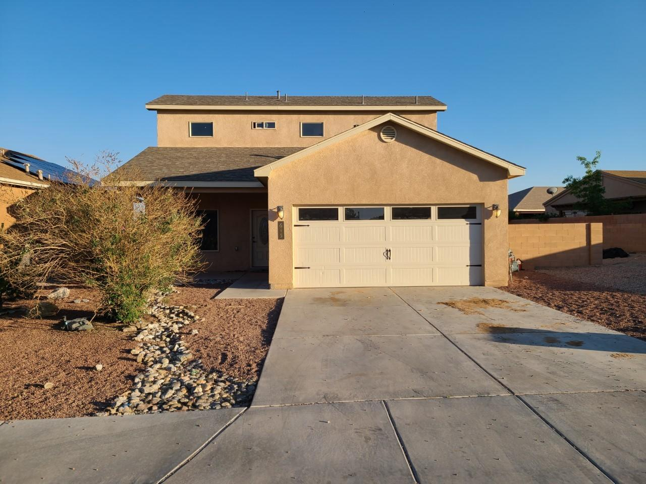 Extra Parking, Large Yard, Near access to highway, stores and restaurants.