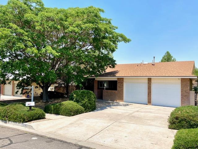 Beautiful single story home in a beautiful neighborhood. This home is move in ready with fresh paint and new carpet. The a/c has been converted to central air so no pesky swamp cooler. The drive to La Cueva High School, grocery stores, retail shops and restaurants is only 4 minutes away.