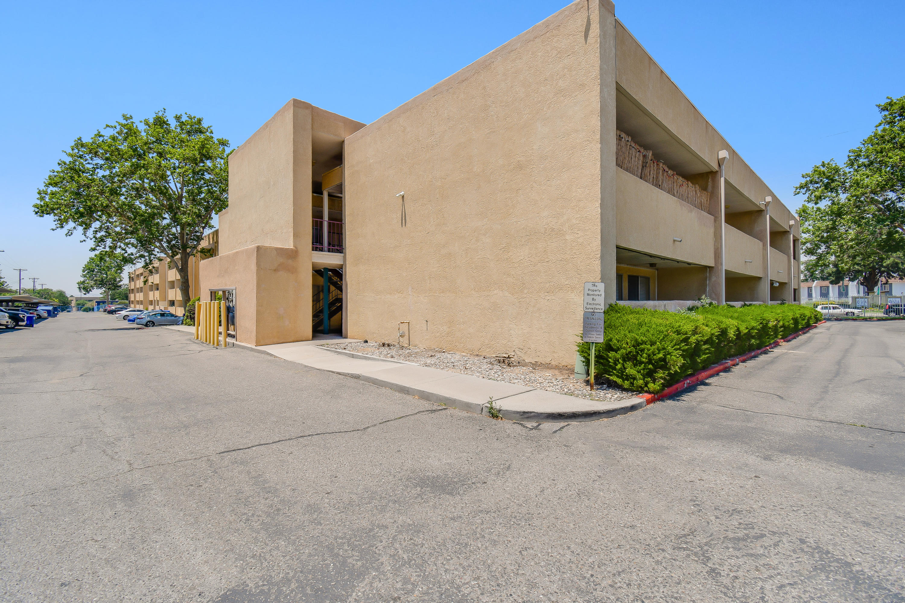 Nicely renovated 1 Bedroom, 1 Bath in a NE Heights gated community! Beautiful vinyl flooring throughout. Stainless steel refrigerator, stove and dishwasher. Property taxes are included in HOA Fees. Enjoy the outdoor pool available for residents & their guests. Laundry room & small gym near pool. Come take a look for yourself & make this condo yours today!!