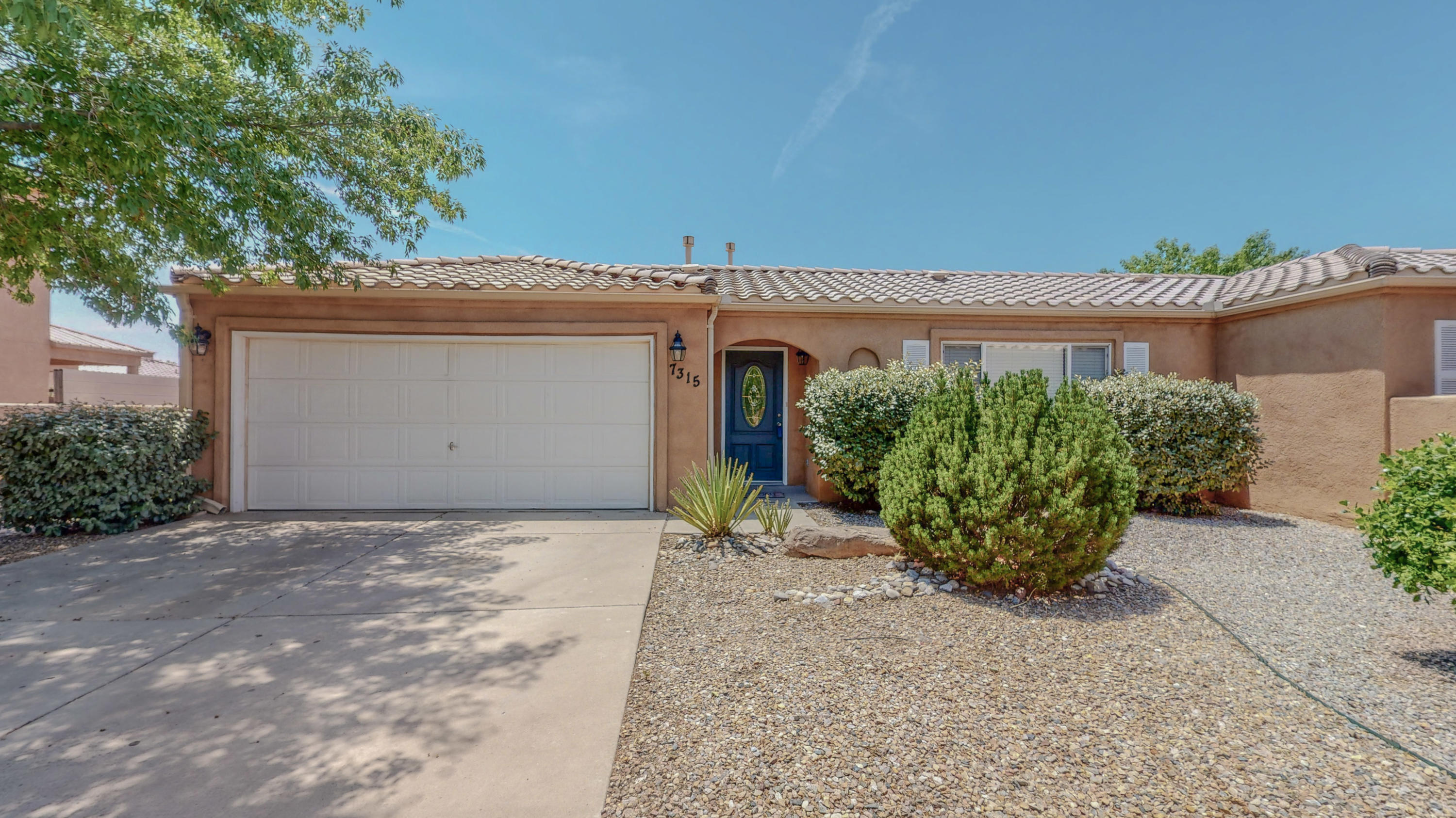 Wow!  Super clean updated 3 bedroom home in Vista Del Norte now available!   Located in a quiet cul-de-sac, this charming home features new MasterCool evaporative cooler, a light and bright floor plan, tastefully updated kitchen and bathrooms, huge backyard, tile roof!  This is a must see!