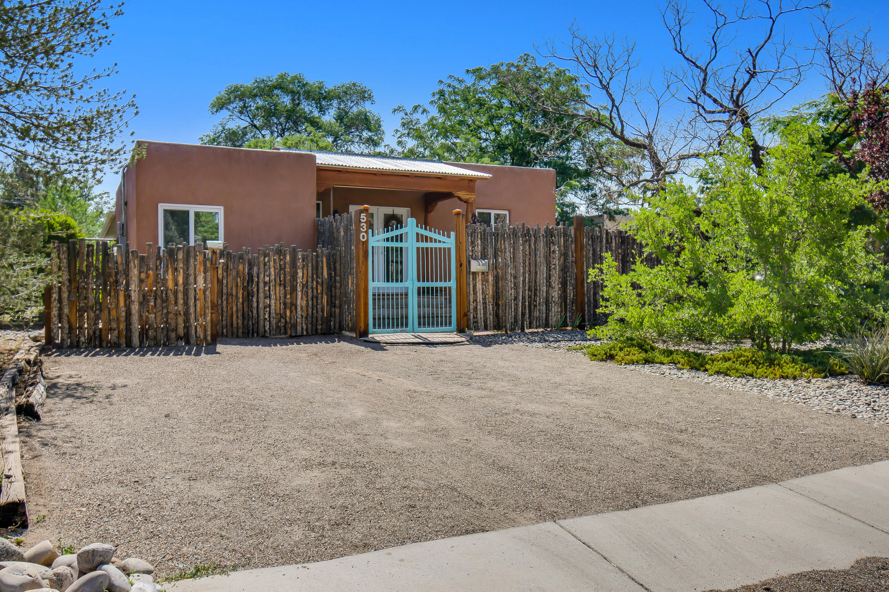 Enjoy the Nob Hill lifestyle in this beautiful three bedrooms and two bath open floorplan home. Gleaming hardwood floors, newly remodeled kitchen and owner suite bathroom are just a few of the fabulous touches in this home. All of this in one of the most walkable areas in Albuquerque! Nearby amenities include shopping, dining, UNM hospital, UNM Main Campus, and Downtown Albuquerque.