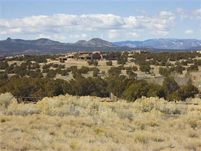 6 Buckskin Circle, Santa Fe, NM 87506