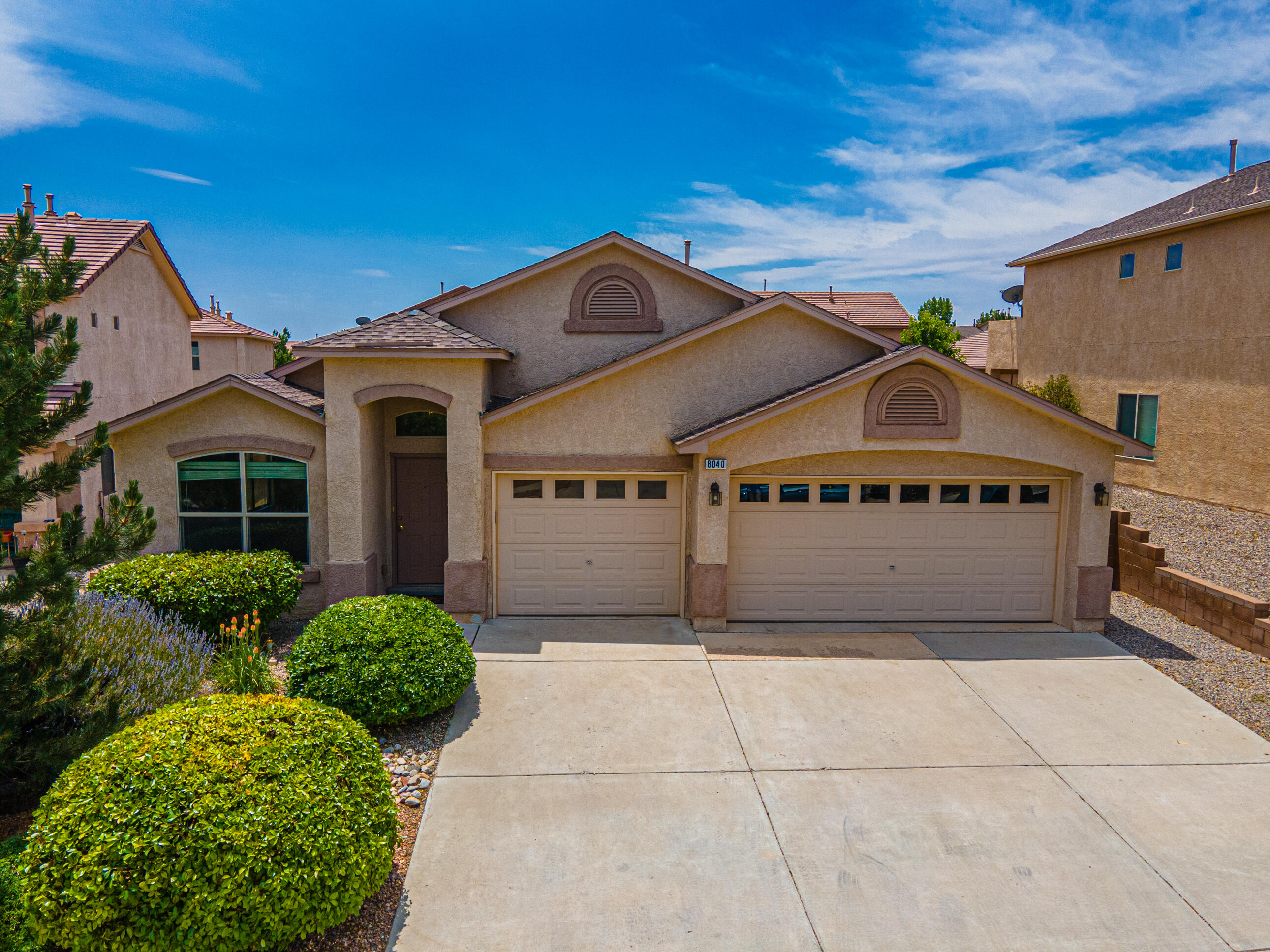 Beautiful One Story, One Owner Home in Ventana Ranch!! This light and bright home with 2141SF offers  4 bedrooms, 2 full baths, 3 car garage & Vaulted Ceilings! Features include:  Corian solid surface countertops in kitchen, cabinet pull outs, Kitchen Nook, Gas Cooktop,  New Microwave (2021), Water Heater is 3 years old, New Carpet in Master Bedroom, Faux Wood Blinds throughout, Ceiling Fans, Large Laundry room with cabinets, Walk-in pantry, Gas Fireplace, Dining room, Large family room, Living room and nicely landscaped front yard! All appliances stay including Refrigerator, Washer and Dryer.  Home has had continuous Culligan Soft Water service since new! Covered patio and gas stub out for BBQ. Garage doors are insulated! Backyard has irrigation valves and electric for future landscape!!