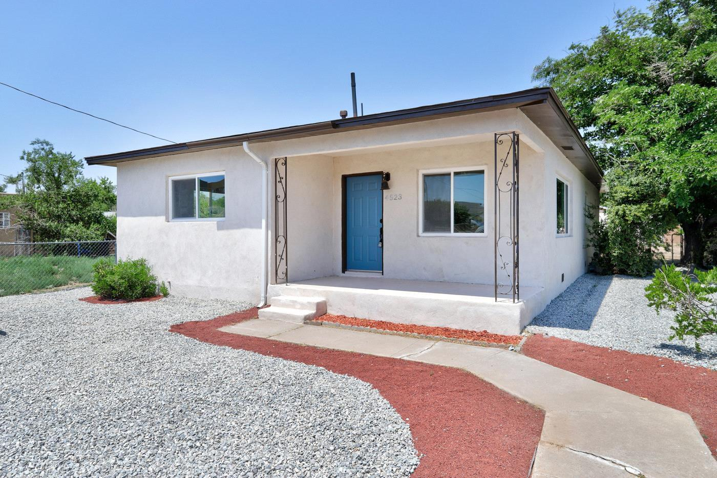 COME SEE THIS BEAUTIFULLY Remodeled single story home in the highly desired North Valley!! Interior complete with DESIGNER SELECTED TWO TONE paint, GORGEOUS refinished HARDWOOD floors, and a DAZZLING Lighting Package!! CHEFS DREAM Kitchen features TONS of counter space, GRANITE COUNTERTOPS and brand NEW Stainless Steel Appliances!! Master Suite features a spacious room, and a WALK-IN CLOSET!! Don't forget the NEW ROOF, new water heater, Energy Efficient New Windows and new exterior stucco!! Conveniently located near several schools, parks, and shopping centers!!  Don't Miss out on your chance to own this true Gem!! SPOTLESS AND MOVE IN READY!!