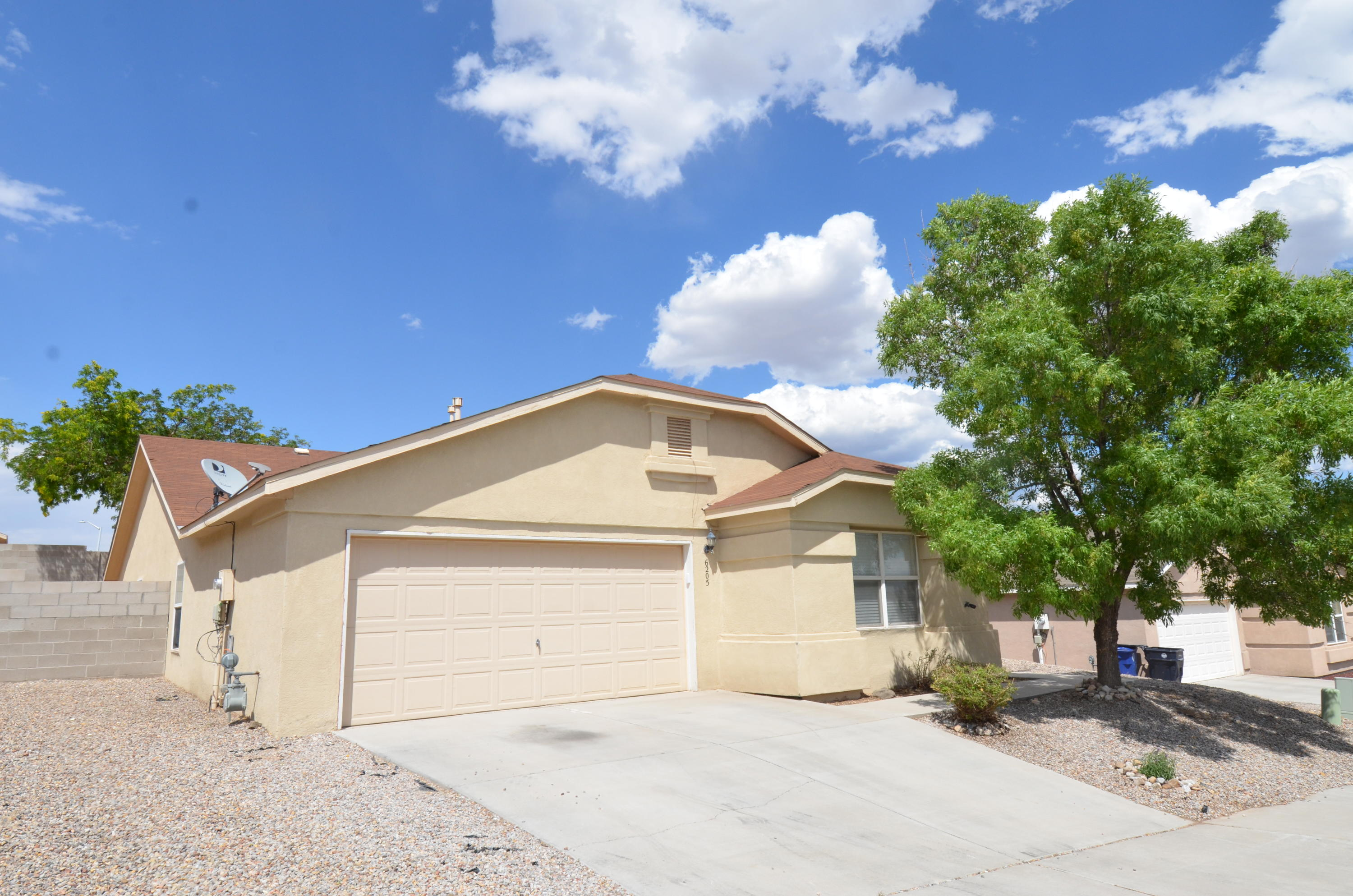 Don't miss this hard to find single story property in the beautiful neighborhood of Tuscany.  This quiet yet convenient location is within minutes of schools,  grocery stores, pharmacies, fitness centers, breweries, parks, &  restaurants.  The home features new carpet, blinds, toilets, light fixtures, microwave, fresh paint, refurbished countertops,  and even a new kitchen sink. The home stays cool with the Mastercool evaporative cooler, and don't miss the mountain views from the back yard or the extra large closet in the master bedroom!