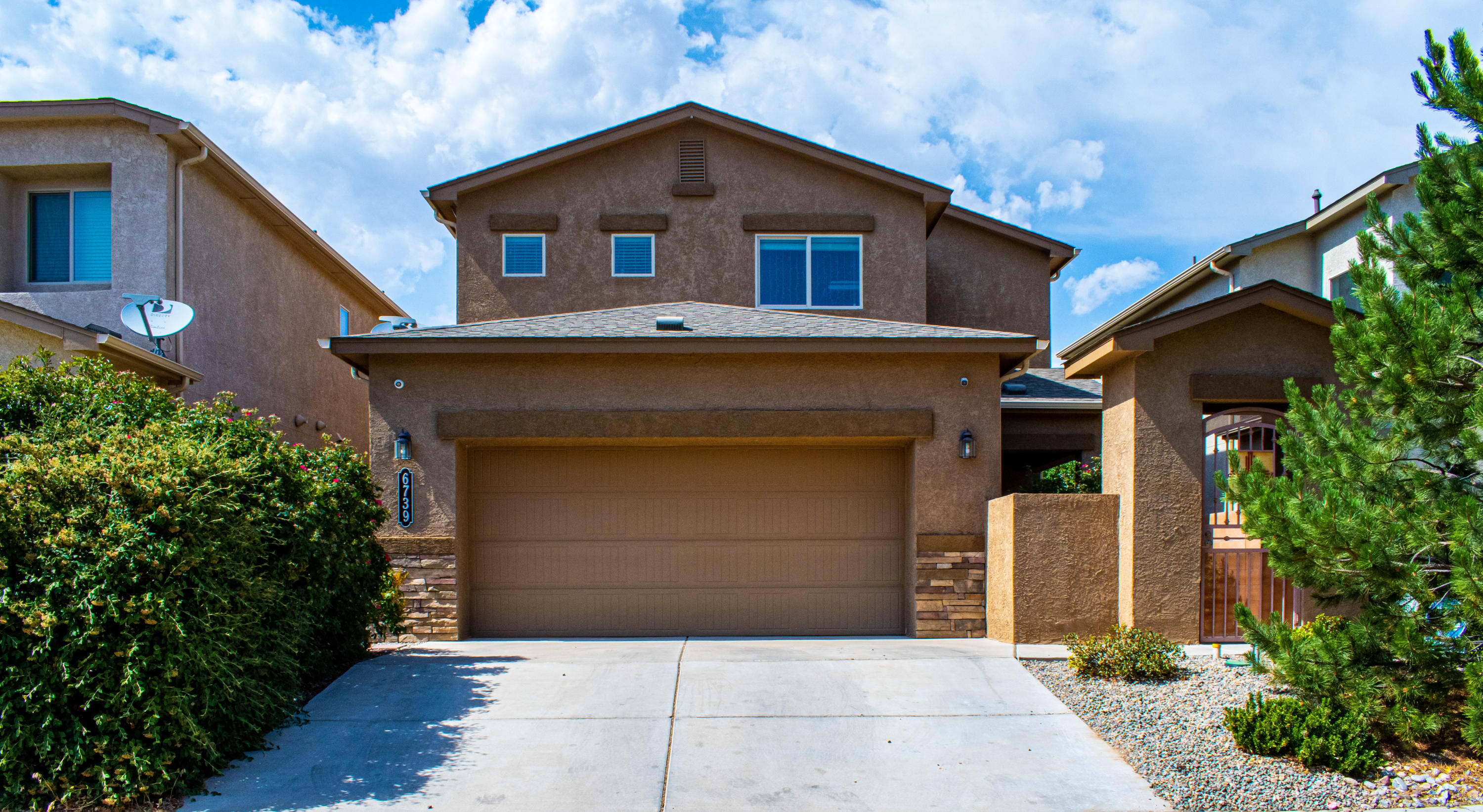 DR Horton Green Built home in Ventana Ranch....Private courtyard entry with custom wrought iron gate, 2 primary bedrooms, 1 downstairs with 3/4 bathroom and walk-in closet.  Other primary bedroom is upstairs and is well appointed with ceiling fan, bathroom with double-sinks and gigantic walk-in closet.  Laundry room is conveniently located upstairs.  Tankless water heater and solar panels help with the energy efficiency of this home.  The kitchen is sure to please the cook with beautiful cabinetry, large pantry and fingerprint resistant appliances.Conveniently located close to schools, restaurants, shopping, Montano & Paseo. Refrigerated air helps keep this home comfortable in these hot, sunny days!  This beauty will sell quickly!  Will you be the lucky new owner?