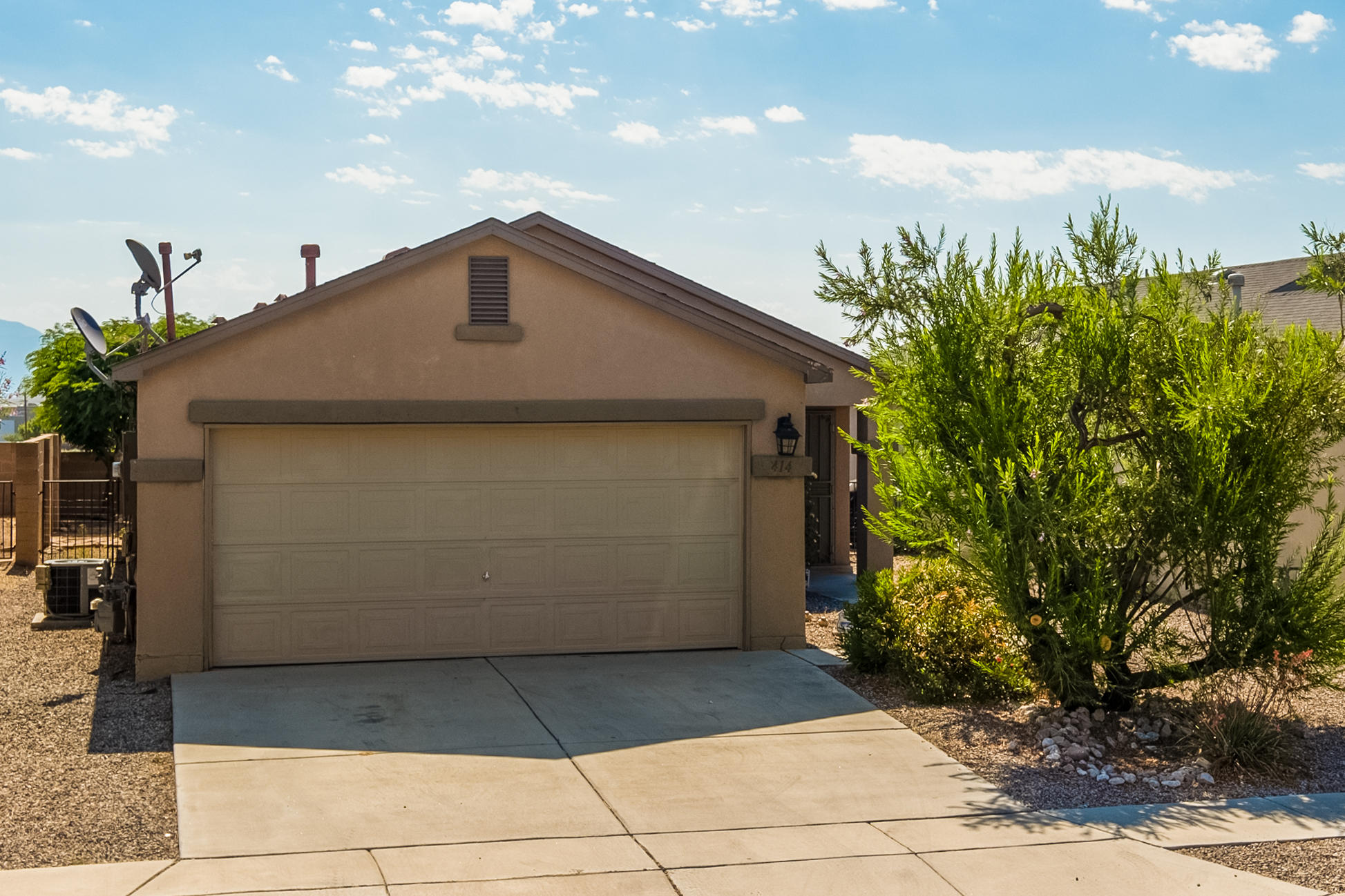 Great one level  see virtual tour- 2 Car Garage in Sundance Subdivision - backyard has views of Sandias!  Refrigerated AC. Great location with easy access to I-40 and shopping --minutes from downtown Albuquerque. Great layout with ample storage. Plan to see this one quickly.