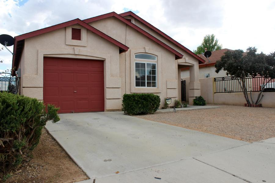 don't miss this Charming 2 bedroom, 2 bath home. New Paint, new carpet and nice landscaping. Home is move in ready.