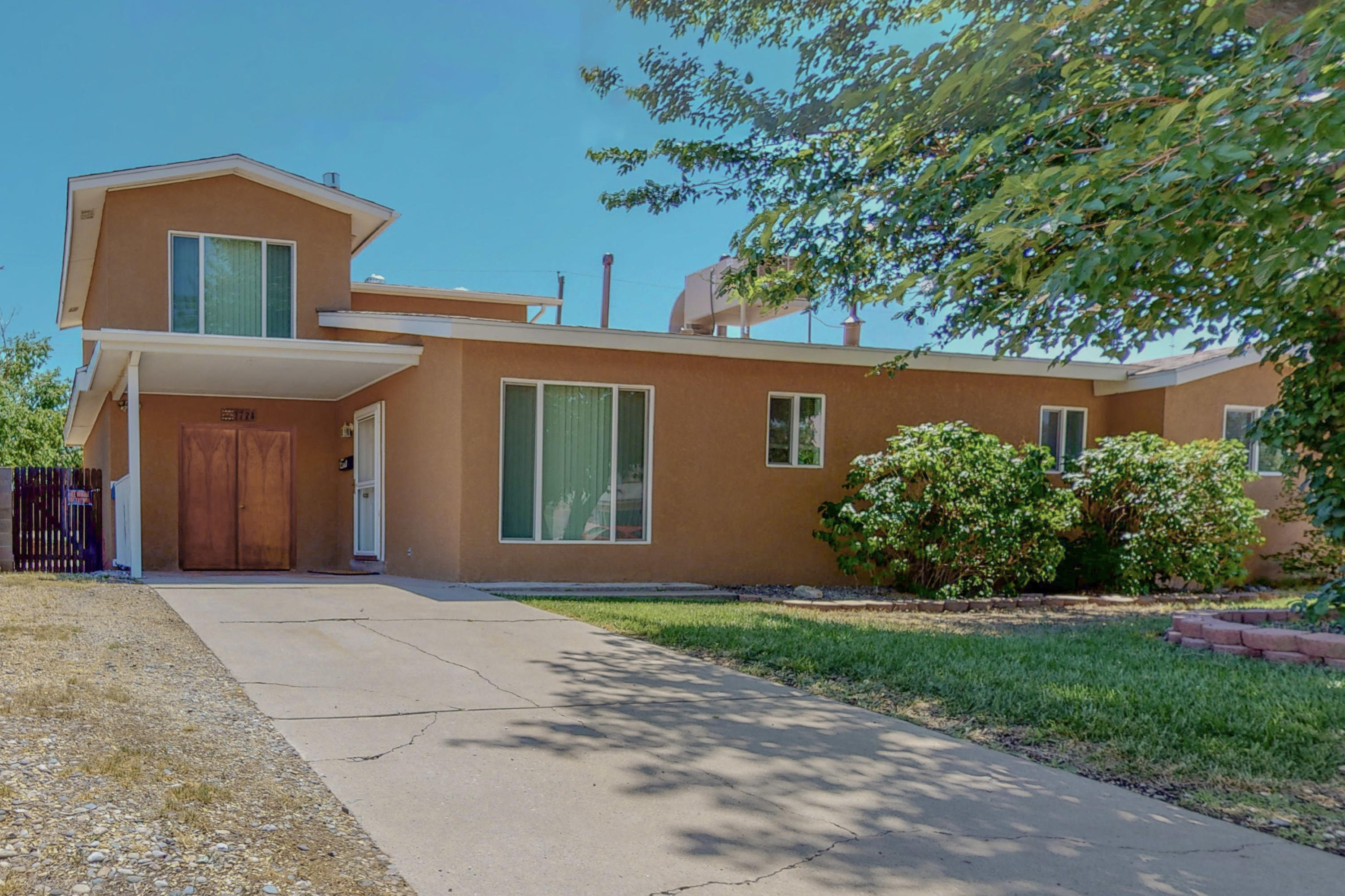 PRIDE OF OWNERSHIP!! This turn key starter home is ready for her new owners. Located close to shopping, restaurants and just 5mins away from the freeway. This home offers plenty of storage and the large bonus room upstairs with mountain views can be used as a 4th bedroom, entertainment room, art studio, office, great for a home business or anything of your imagination.  Some updates on this home include: gas fireplace (2019), evap cooler (2020), heater and water heater (2021) and the roof is less the 10yrs old.
