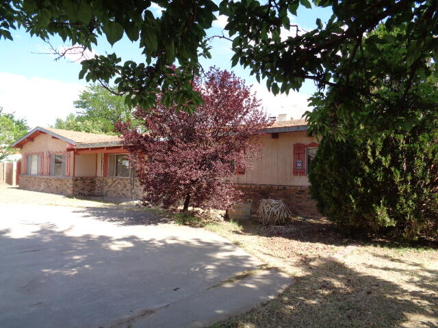 This is a 2 bedroom, 2 bath house with 2 living areas and 2 dining areas.  It has an over-sized 2-car garage in the back of the property.  Situated on 1/2 acre.  The property may qualify for Seller Financing (Vendee). Sold AS-IS. Buyer has a 7 day inspection period upon receiving ratified contracts. Property was built prior to 1978 and lead-based paint potentially exists. If utilities are off due to property condition, Seller will not repair to facilitate inspections. No repairs will be considered based upon inspection reports. Buyer is responsible for their own title policy.