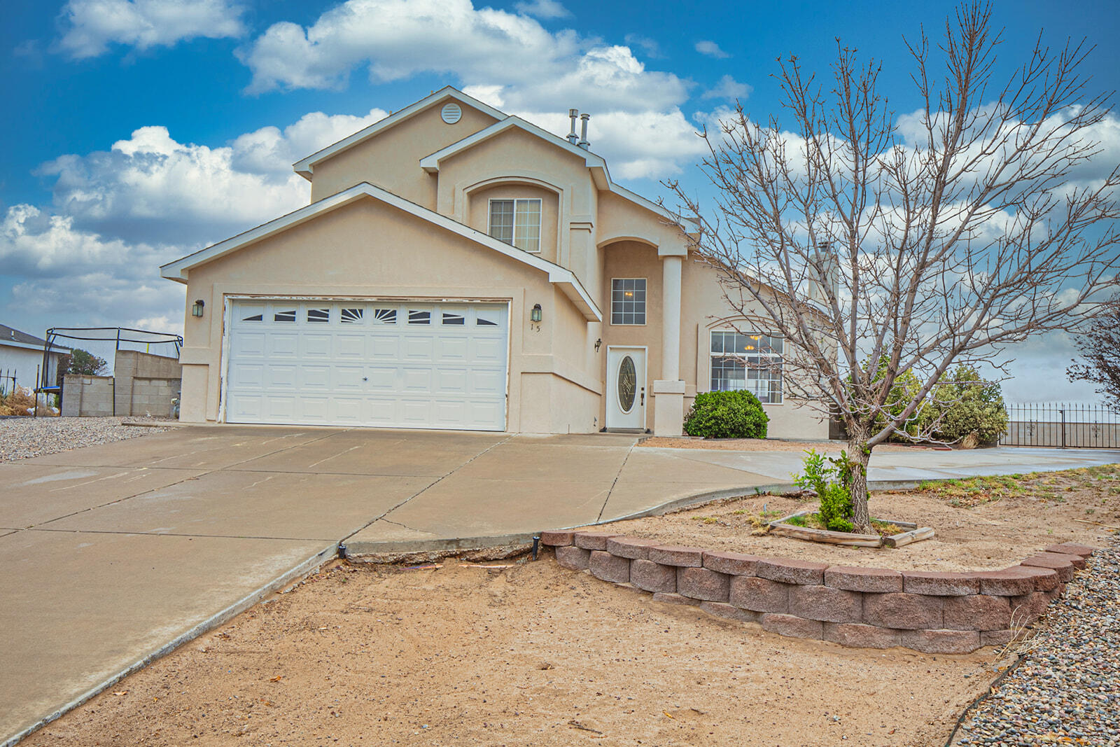 Don't miss out on this beautiful home with gorgeous views overlooking the entire valley of Valencia County.  With its oversized lot, and spacious floor plan it will make the buyers a very happy home.  Call today to schedule your appointment!