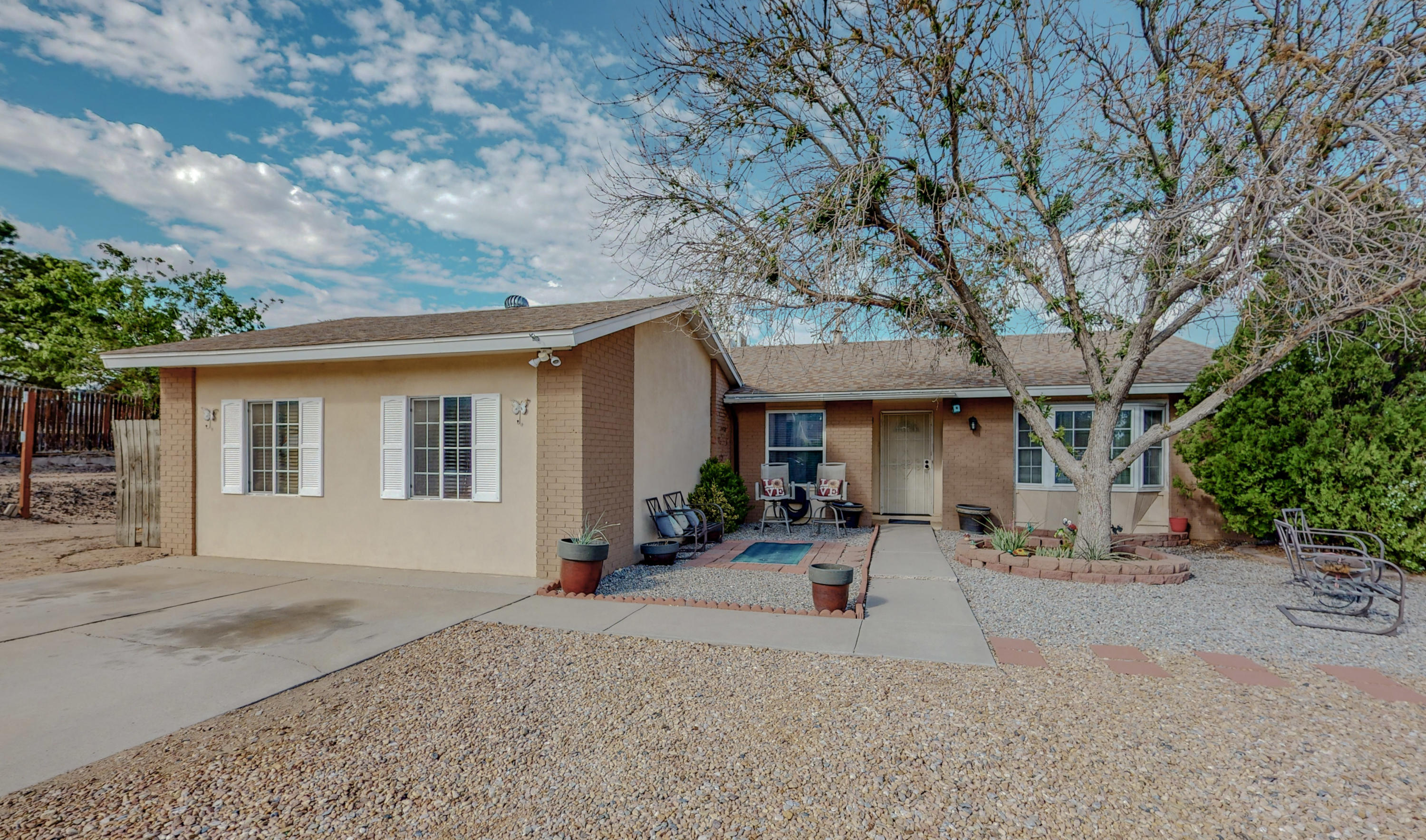 Come see this cute and clean three bedroom with bonus room NW home.  A lot of room to spread out. Great paint colors, nice tile.  French doors open to the nice size back patio.  Low maintenance SW natural landscaping. Large corner lot in a cul-de-sac.Convenient shopping.