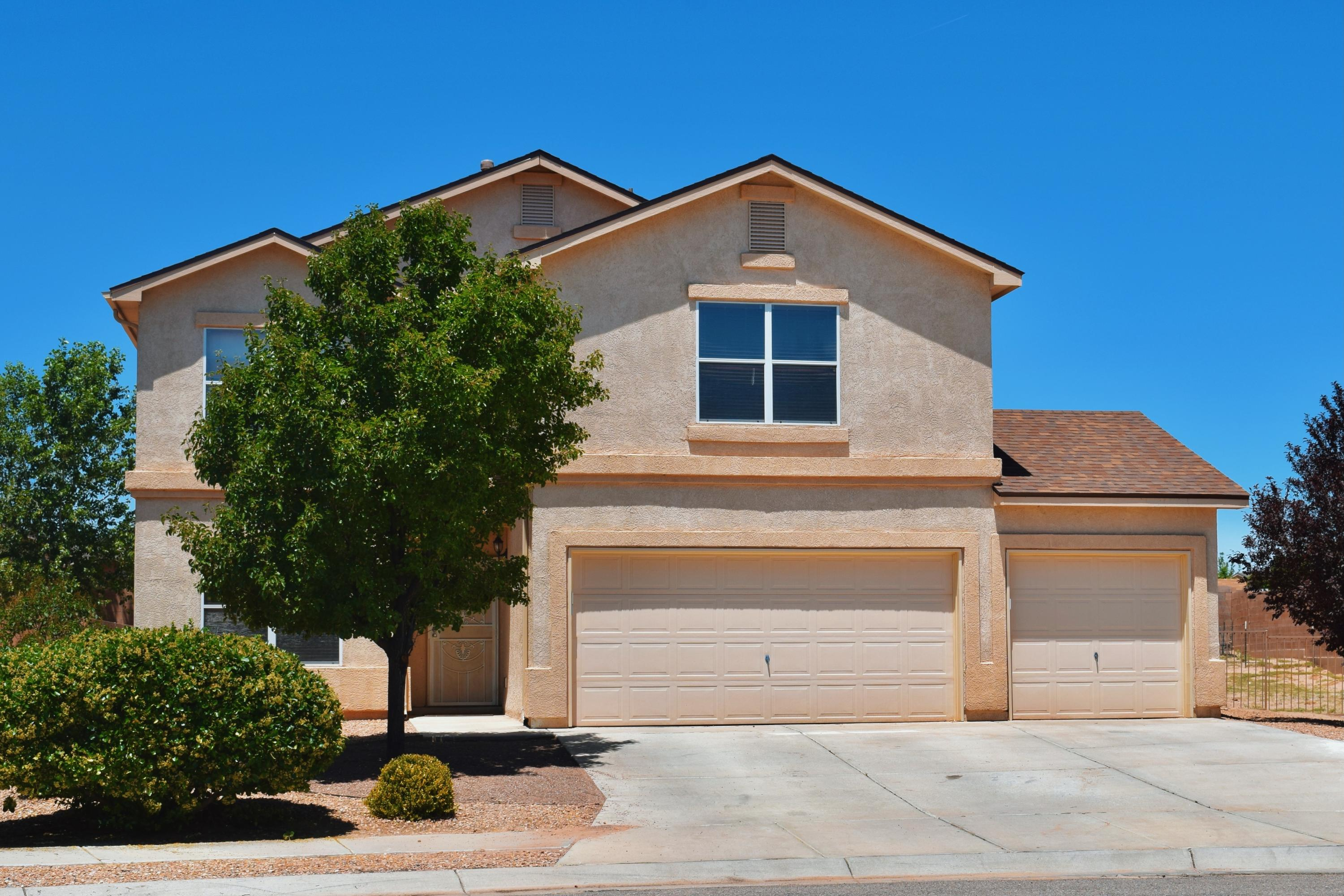 Located in the highly desired Huning Ranch Community in the Sagebrush Subdivision, this gorgeous and spacious D.R. Horton home features 4 beds/3 baths, two living room areas, open loft area (large enough to be a 5th bedroom), & a big backyard! The location of this home is minutes away from the freeway as well as many desirable stores and restaurants! Schedule your showing today!