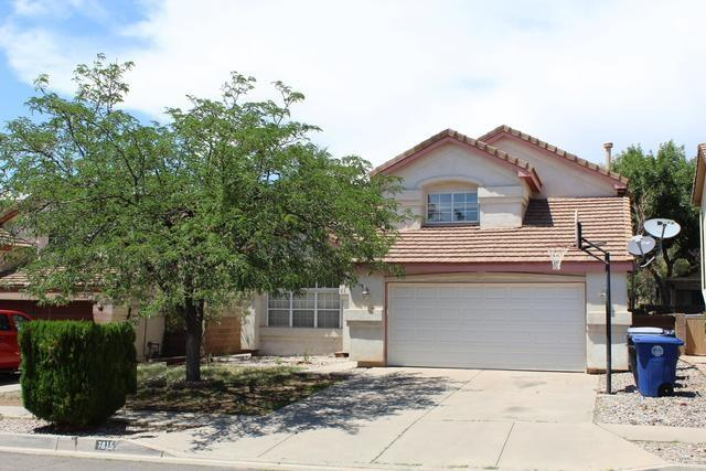 Spacious home with master bedroom on main level. Large kitchen w/breakfast nook, pantry, custom oak cabinets.  gas log fireplace. The roof under lament was replaced by licensed roofer less than 1 year ago. This home also has a recently installed ''Viking Air'' ac split system. Just North of La Cueva High School. Seller willing to negotiate carpet/paint allowance!