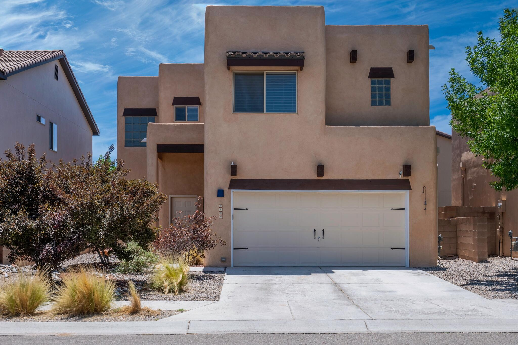 Incredible NW Paradise Hills Location!  Open living room with 2 story ceilings, 3 bedrooms separate from Primary.  New carpet, fresh paint making this home a great turn key property!!  Refrigerated air.   Hurry Hurry!  great price in a great neighborhood!!