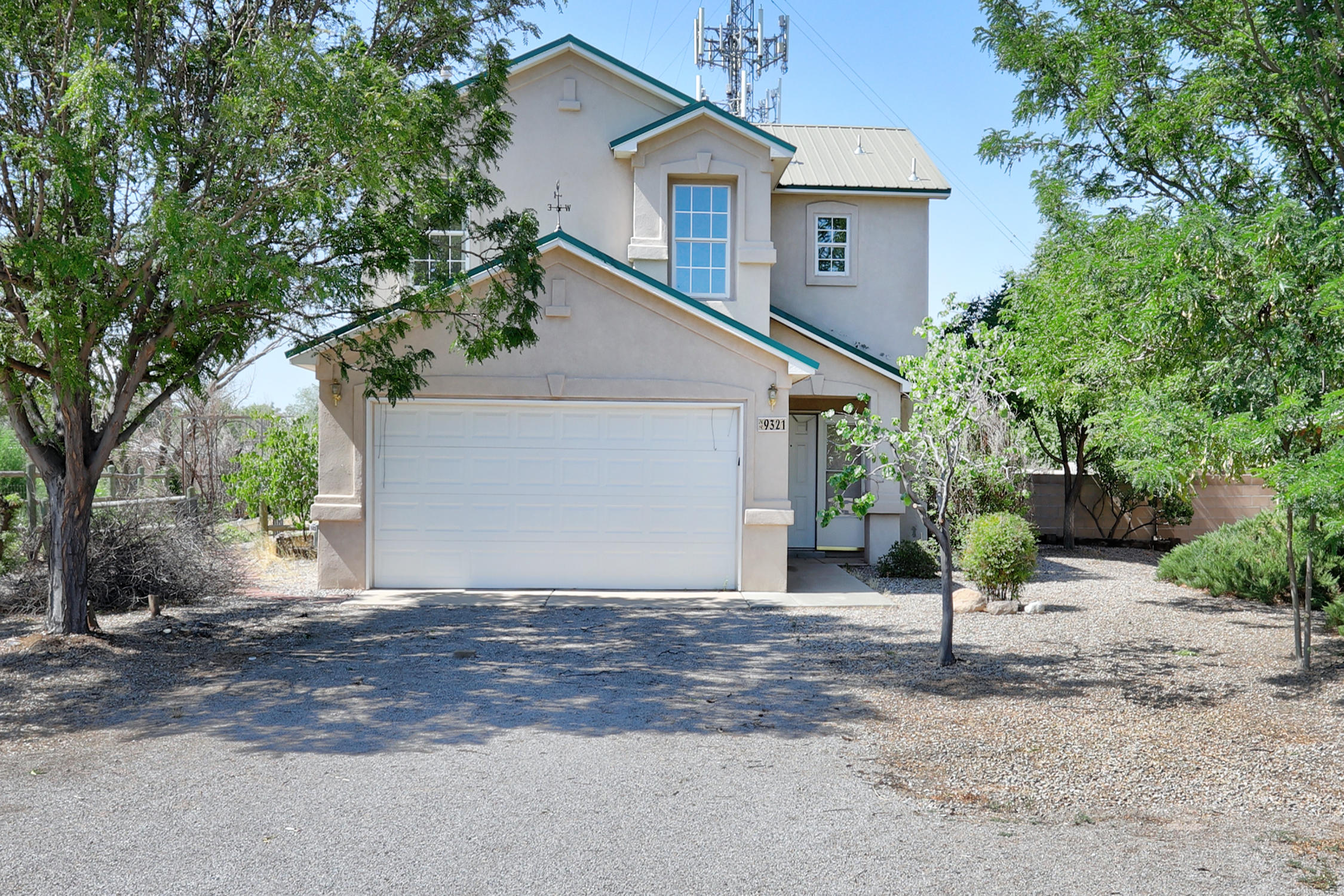 Nice home in the desirable north valley.  Landscape updates, inside has been deep cleaned, roof maintenance completed. Home is sold as is.