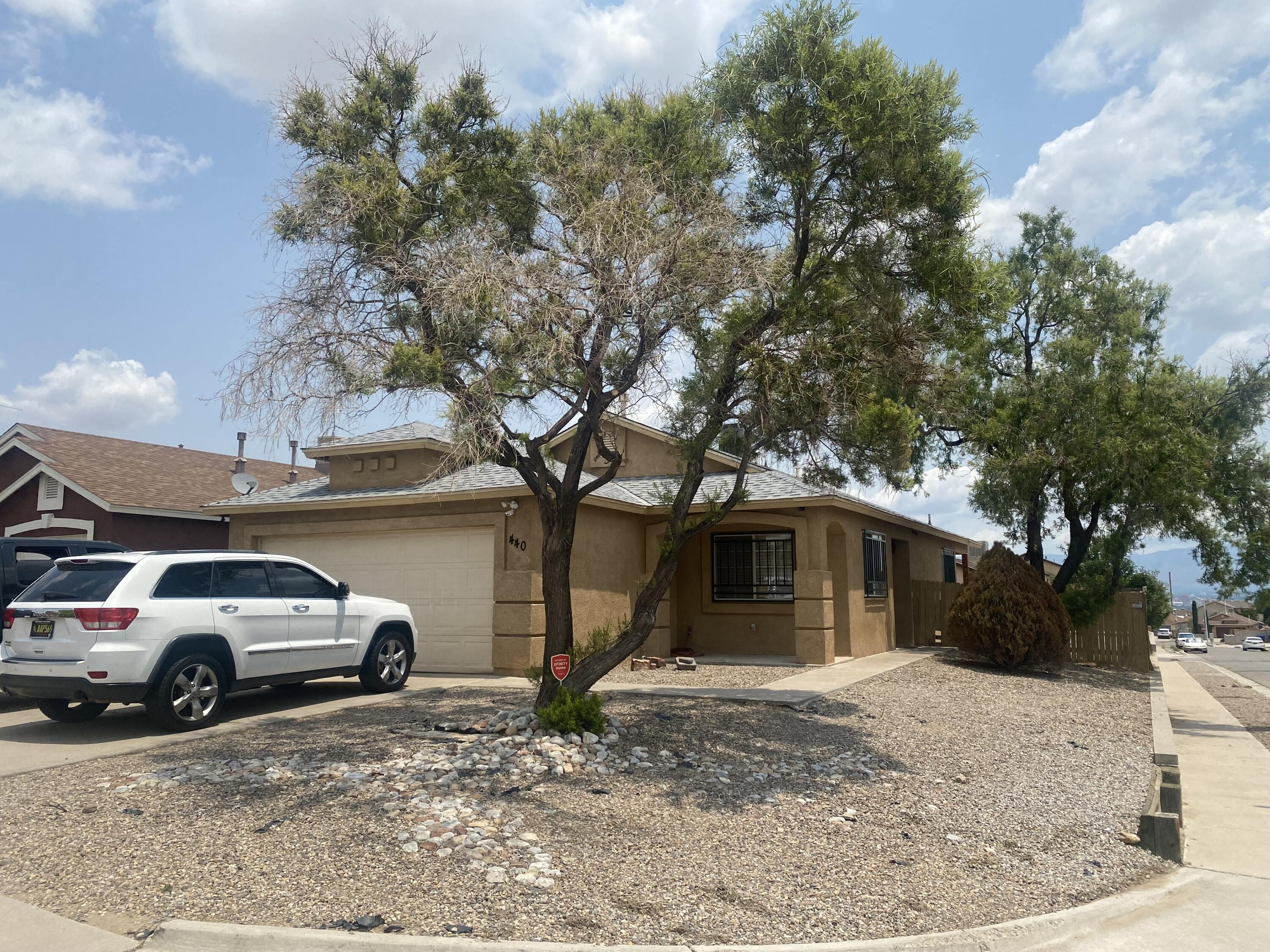 Beautiful 3 bedroom 2 bath home with vaulted ceilings on a corner lot. Must see to appreciate.
