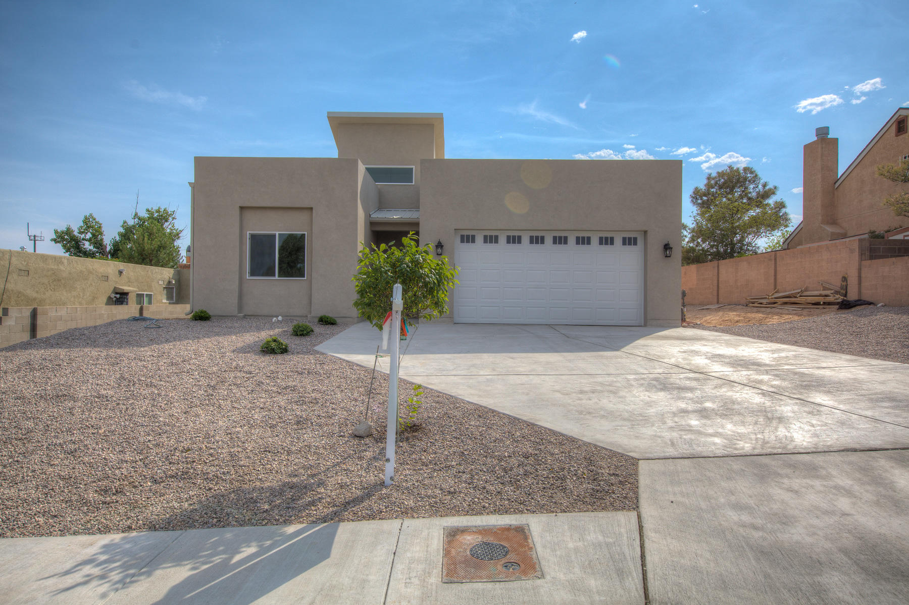Beautiful New Construction! Three bedroom two full bath! Master Suite complete with large walk in closet, water closet, seperate tub and shower. Back yard access, walled property and no HOA! Come see your new home today