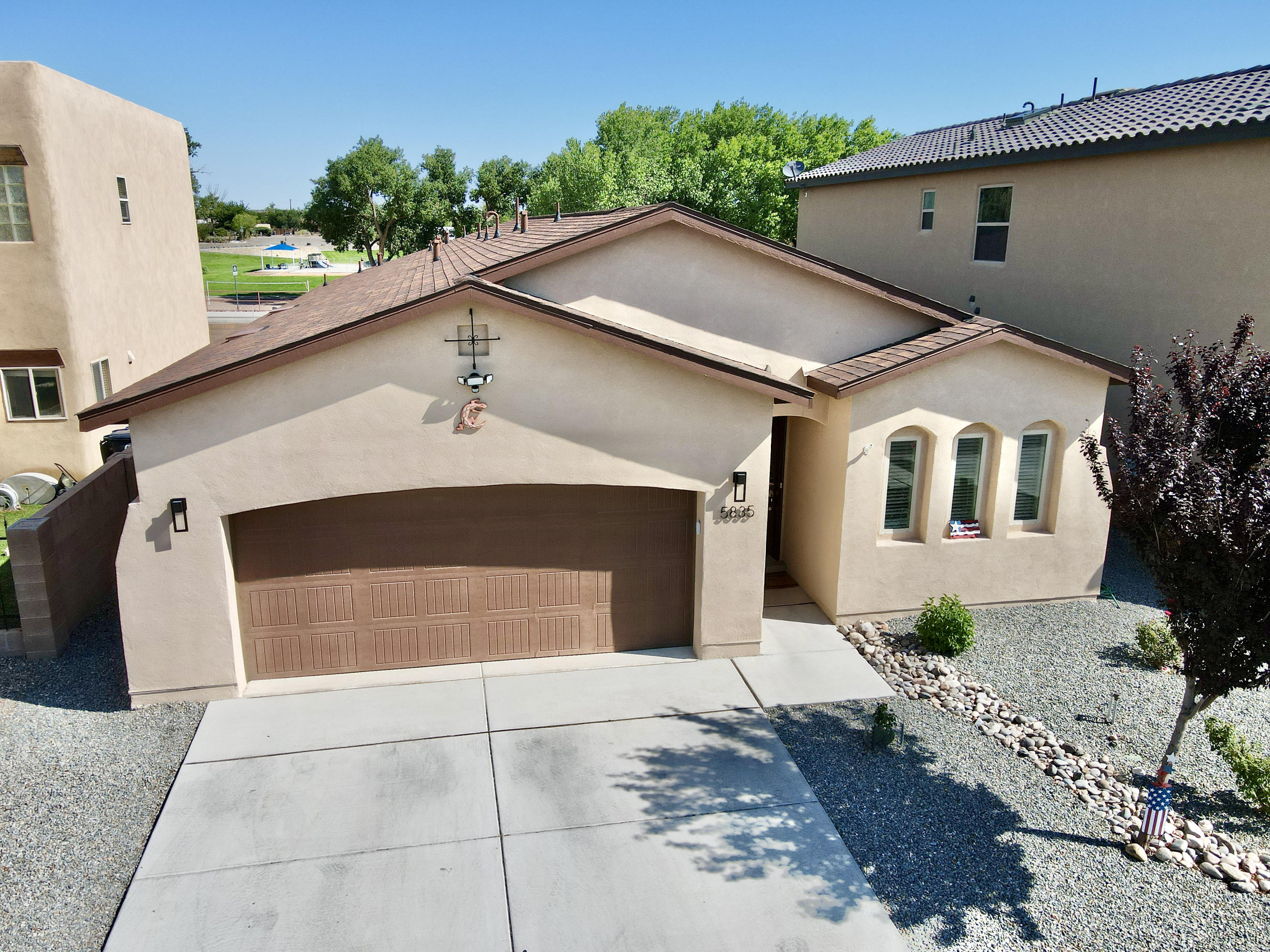 Newer 3 bedroom, 2 bath home, well maintained.  Great location, close to park,  Located in Paradise Hills Civic neighborhood.  Back and front yard landscaped, easy to maintain.  Gas log fireplace, Granite Counter tops, Refrigerated Air, 2 car garage. Ready to Move in.