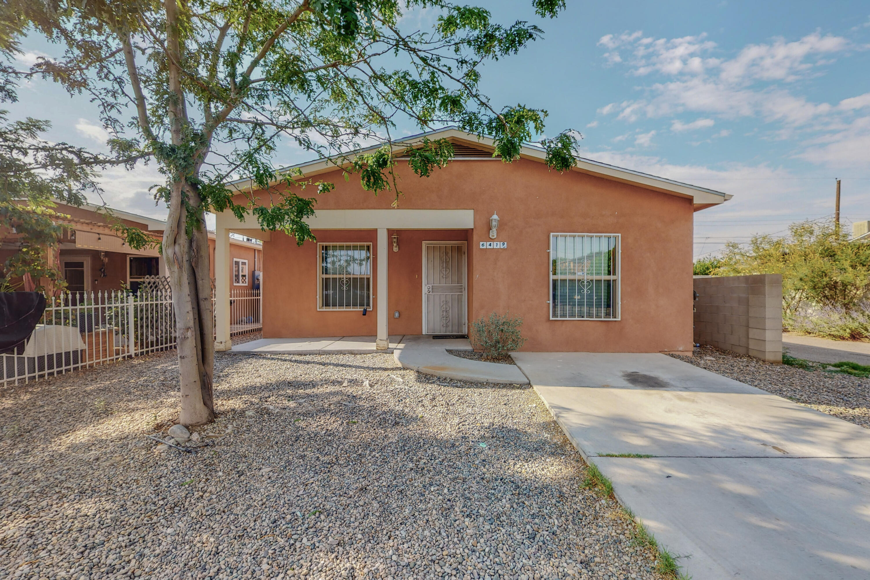 Move-In Ready! This home had 4 bedrooms, 2 full baths, 2 living areas, updated kitchen, flooring, paint, carpet and more. This is a definite must see!