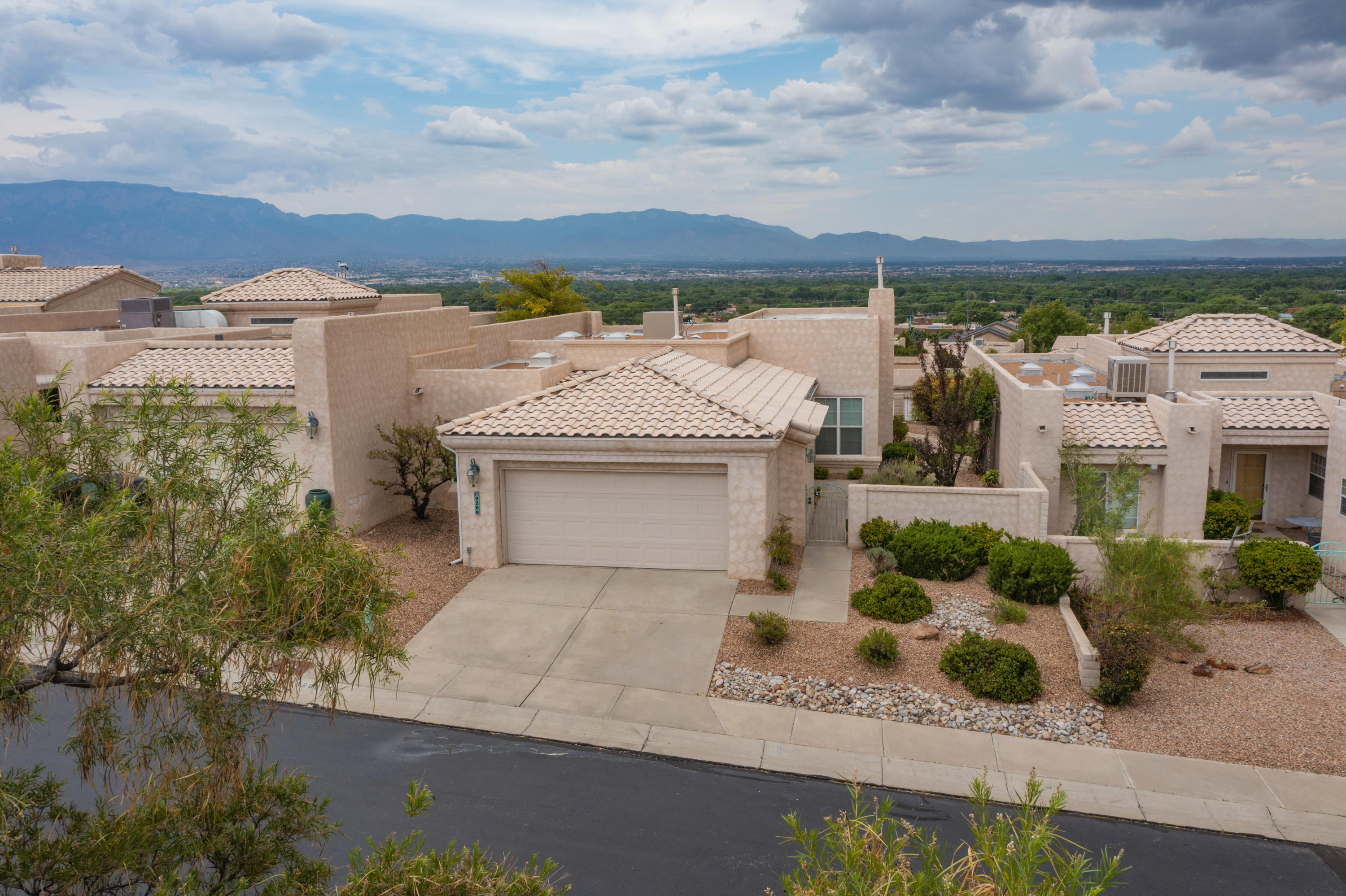 Got Meticulous Gated Community INCREDIBLE VIEWS from Inside  Home and Back Patio of Bosque, City, Sandia Mountains? Well maintained ONE Owner Home? Fresh Paint? New Carpet?  Well You Can Now!!! Do not delay, View the pictures and Virtual Tour then schedule your showing TODAY!!!