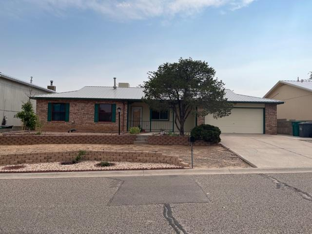 Welcome to this fully updated home in the heart of Rio Rancho.  New Roof in 2018, New Water heater 2021, New Master Cool 2010 and new Furnace 2010.  Fully enclosed 800+sqft bonus room.  Oversized Den area with plenty of room for entertaining.  Spacious private backyard with storage shed.  Wood burning fireplace in LR.  Low E widows with fresh paint throughout.  This is a must see and a one of a kind find that will not last.