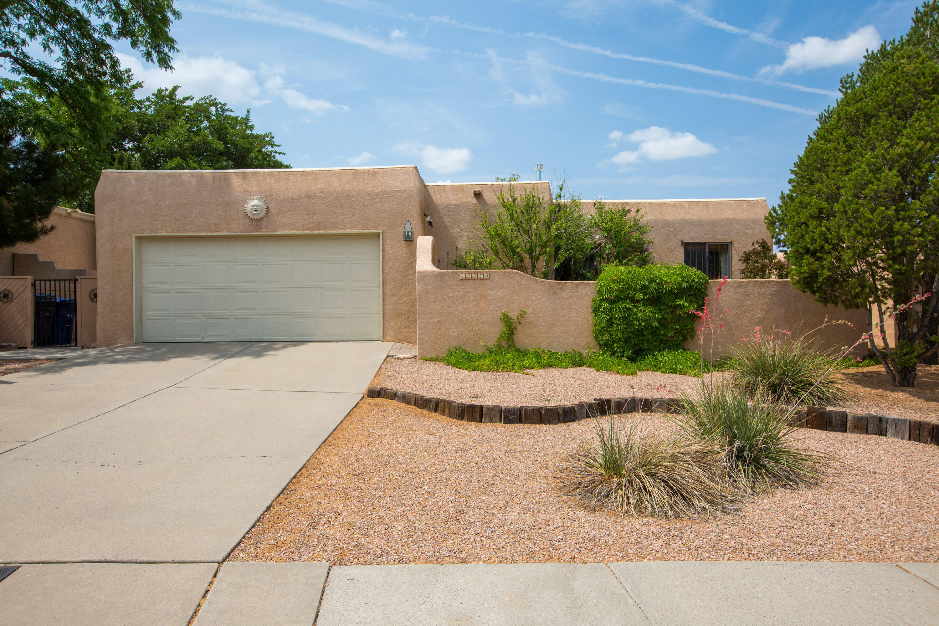 Welcome to this Charming Santa Fe style home in the desired Lynwood Park Subdivision.  Pride of ownership evident throughout. Beautiful wood beam accents throughout with a great floorplan with lots of natural light.  Sunning Hacienda-Kiva Fireplace with a large living room. Large Master bedroom has a Full bath with Dual sinks. Home includes a breakfast nook with an additional Formal Dining room. Minutes to the Park, nearby desired schools, shopping and close to the foothills. Mountain views from the front of the home. Come see this before it goes.