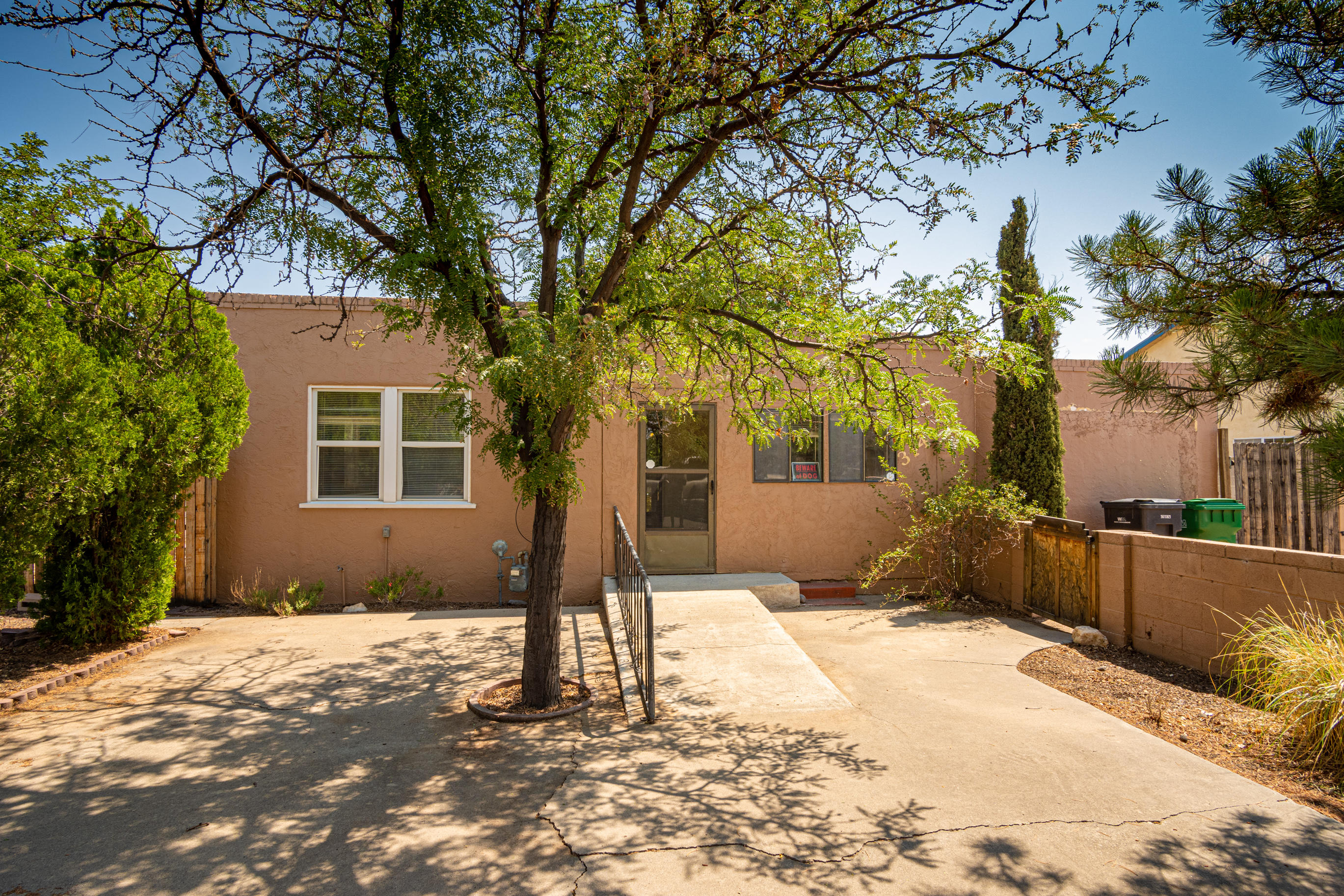 A gorgeous home in the North Valley. This home features 3 bedrooms and 2 full baths. It also has covered patio, backyard access, fenced backyard and oversized storage/wok shop. Conveniently located between 2nd & 4th street with easy access to the Paseo corridor, I-25, restaurants and shopping.Come, visit and take this opportunity for this home to be yours.