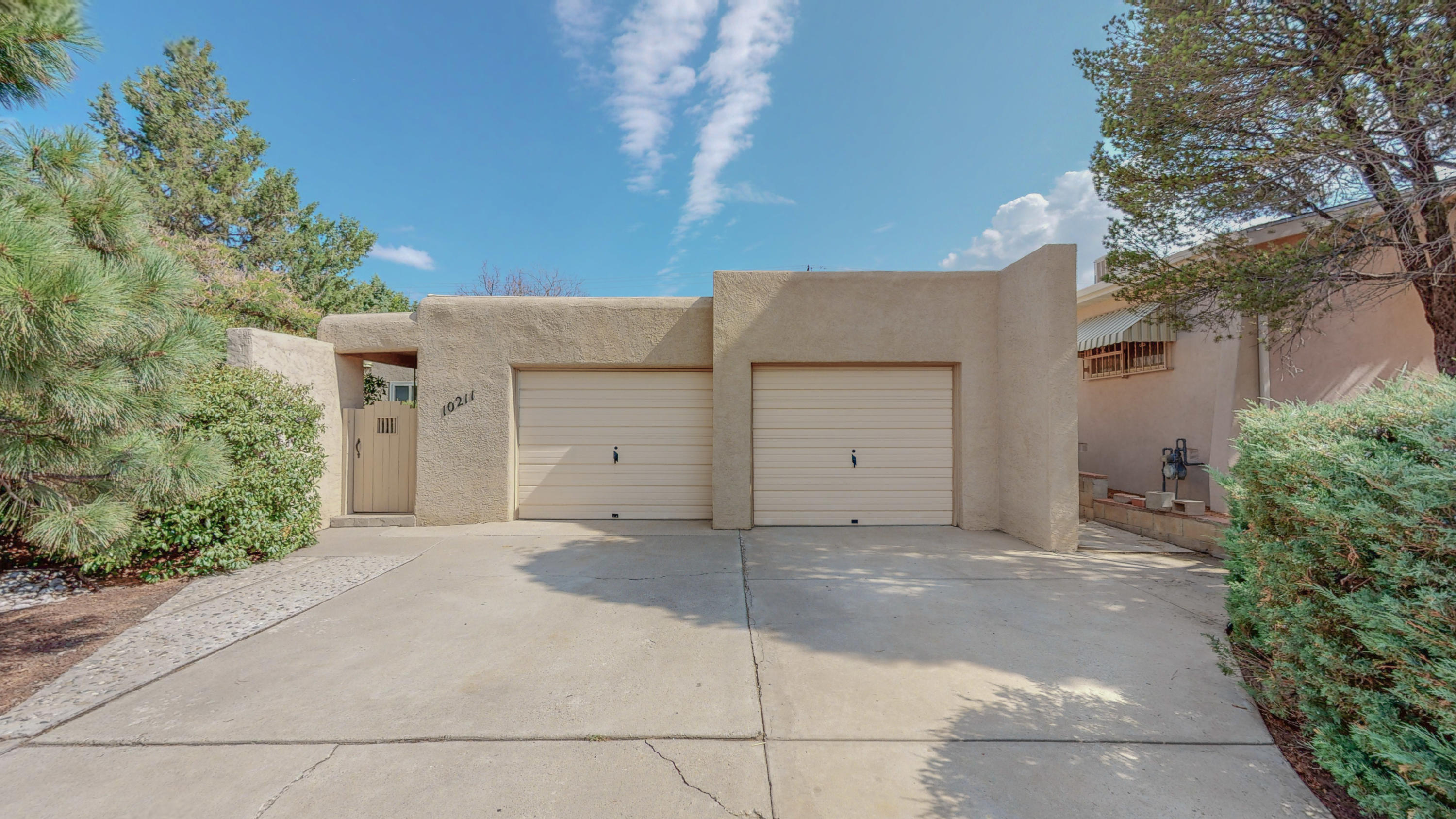 Don;t miss out on this one in NE Heights!. Meticulously  maintained home is ready to move in. New roof 2019,newer windows, new carpet and fresh paint.This would be a great first time home.  All you need to bring is your belongings.
