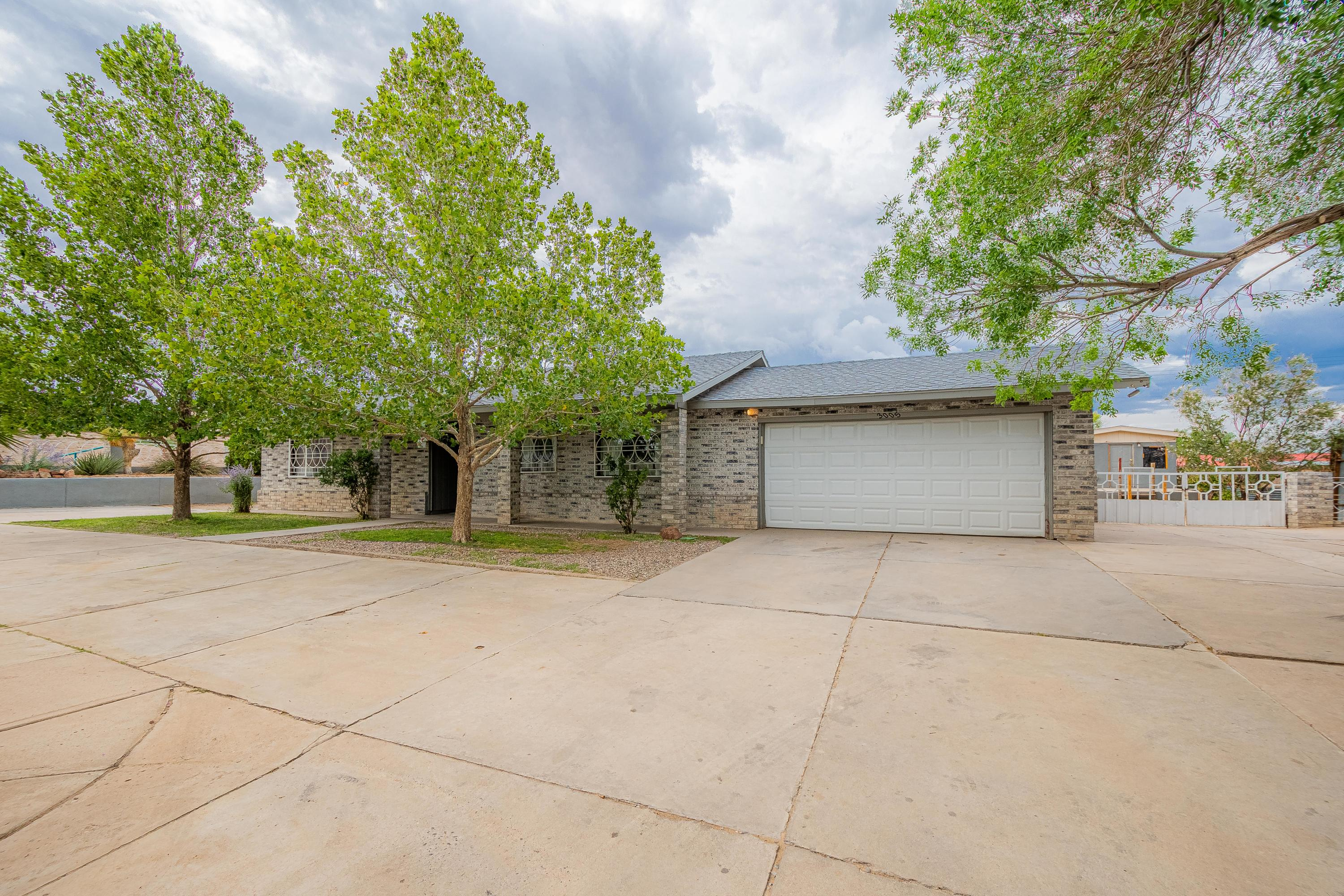 The home you've been looking for just went on the market! This 3 bedroom, 2 bath home sits on .50 of an acre, with plenty of room for your outside toys, animals and backyard access as well. Don't miss out on this South Valley dream home.