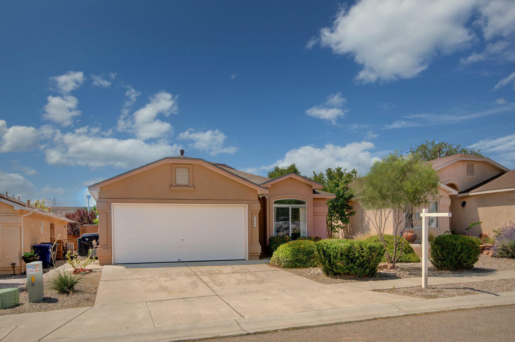 Location, Location, Location! Bright open floor plan. Bosque Open Space Visitor Center within walking distance. Refrigerated A/C 2007. Roof replaced 2017. Tankless Water Heater, Tile 2011. Interior paint 2019.