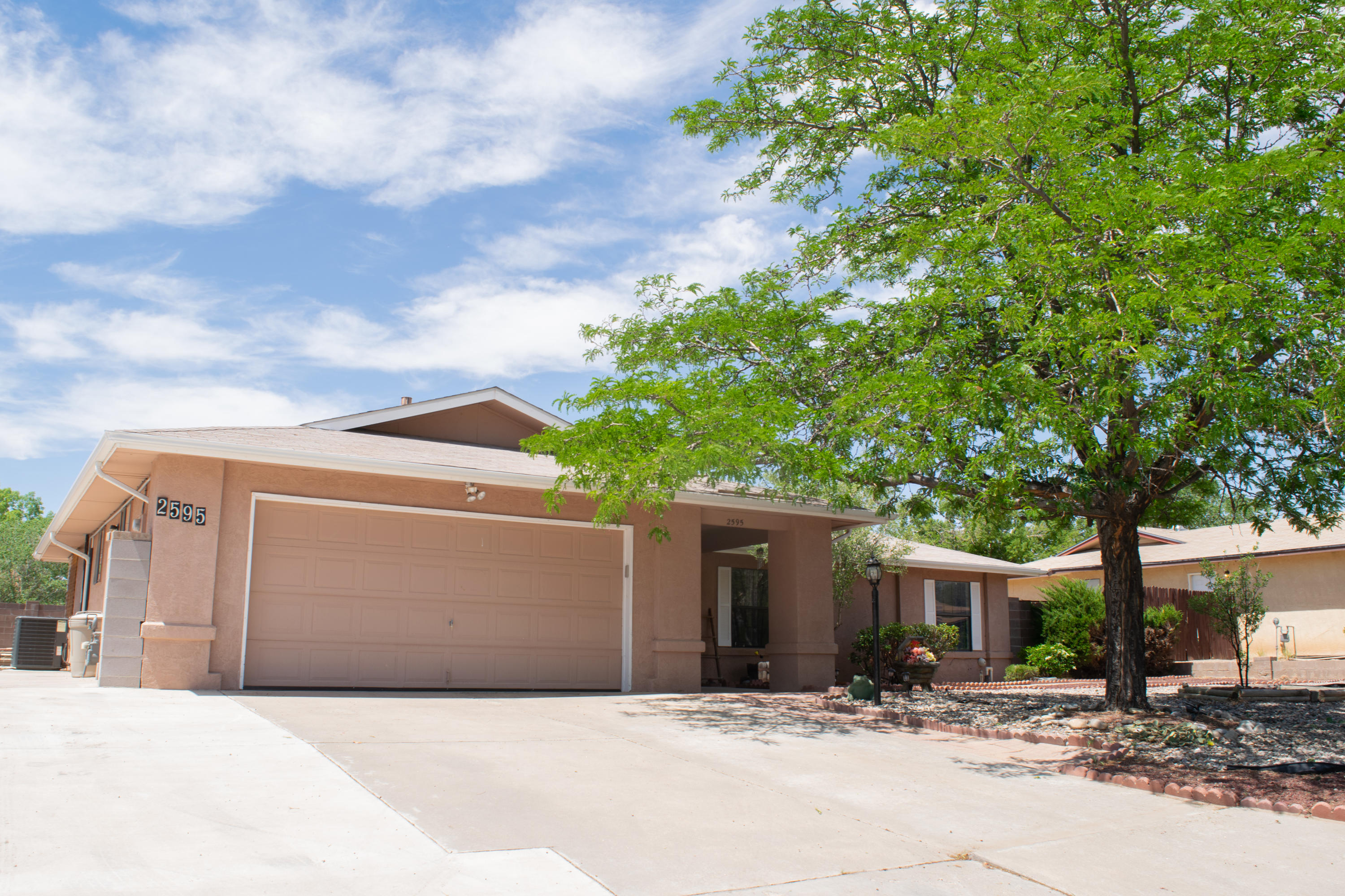 Come and see this AMAZING single-story home located in the perfect Rio Rancho neighborhood, close to Intel. IT WILL GO FAST!  This property features many NEW upgrades;  Kitchen, Master BR/Bath, Guest Bath, and fresh paint.  BRAND NEW Refrigerated Air/Furnace, Hot Water Heater, UPGRADED plumbing, and a newer shingle roof.  OVERSIZED 2 car garage with RV parking on an OVERSIZED lot, with backyard access.  Zero Scaped front and back yard with BRAND NEW inground pool.