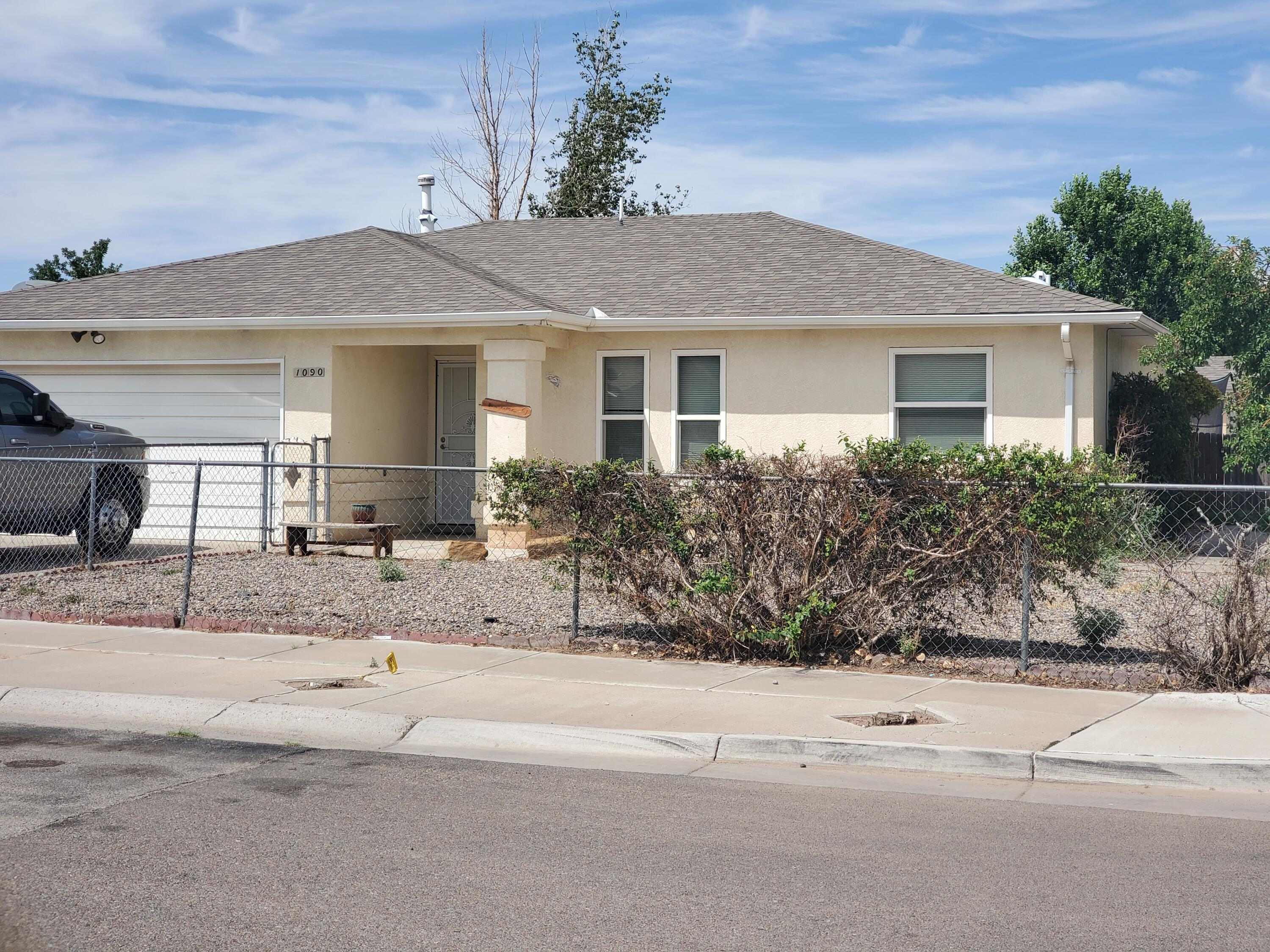 Great 3 bedroom home, with bonus room (not included in sqft), in the heart of Los Lunas. This home is located on a good size lot, and comes with a shed! The property is fully fenced and has backyard access. Stainless steel appliances with granite tile counter tops in the kitchen. Roof and A/C was recently replaced 2 years ago. Come see this home before it's gone!