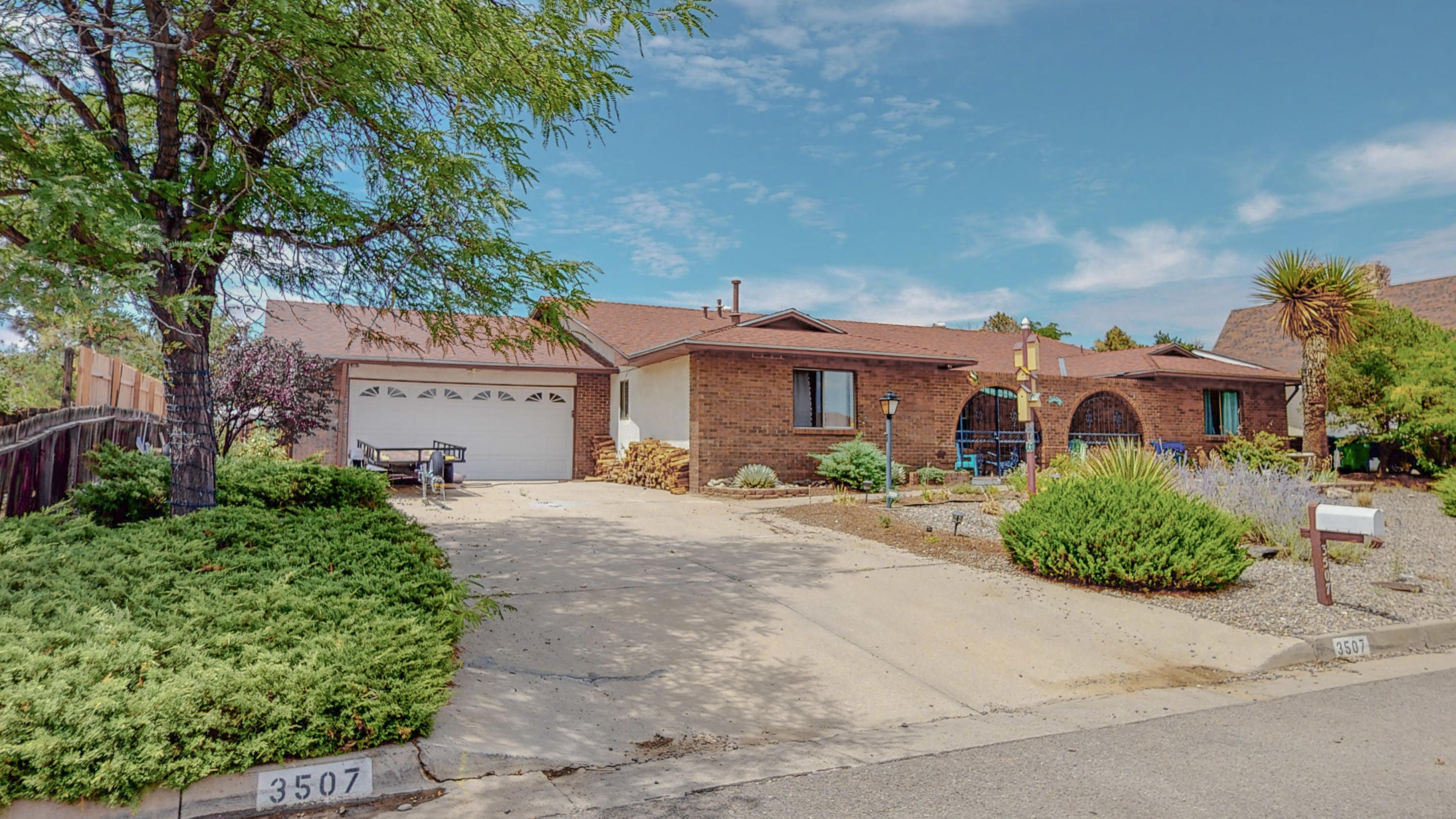 ---REMODELED--- Don't wait! This spectacular 1 Story, 4 Bed, 3 Bath, 2,240 sq/ft home that sits on .47 of an Acre won't last long! This home showcases true pride in workmanship! From the second you walk in you can feel the open flow of the house. You will appreciate the extra space that is in the back of the 2 car garage. When you get to the backyard, don't let the small fence fool you! There still is plenty of space to make the backyard yours! Schedule your showing today!!!