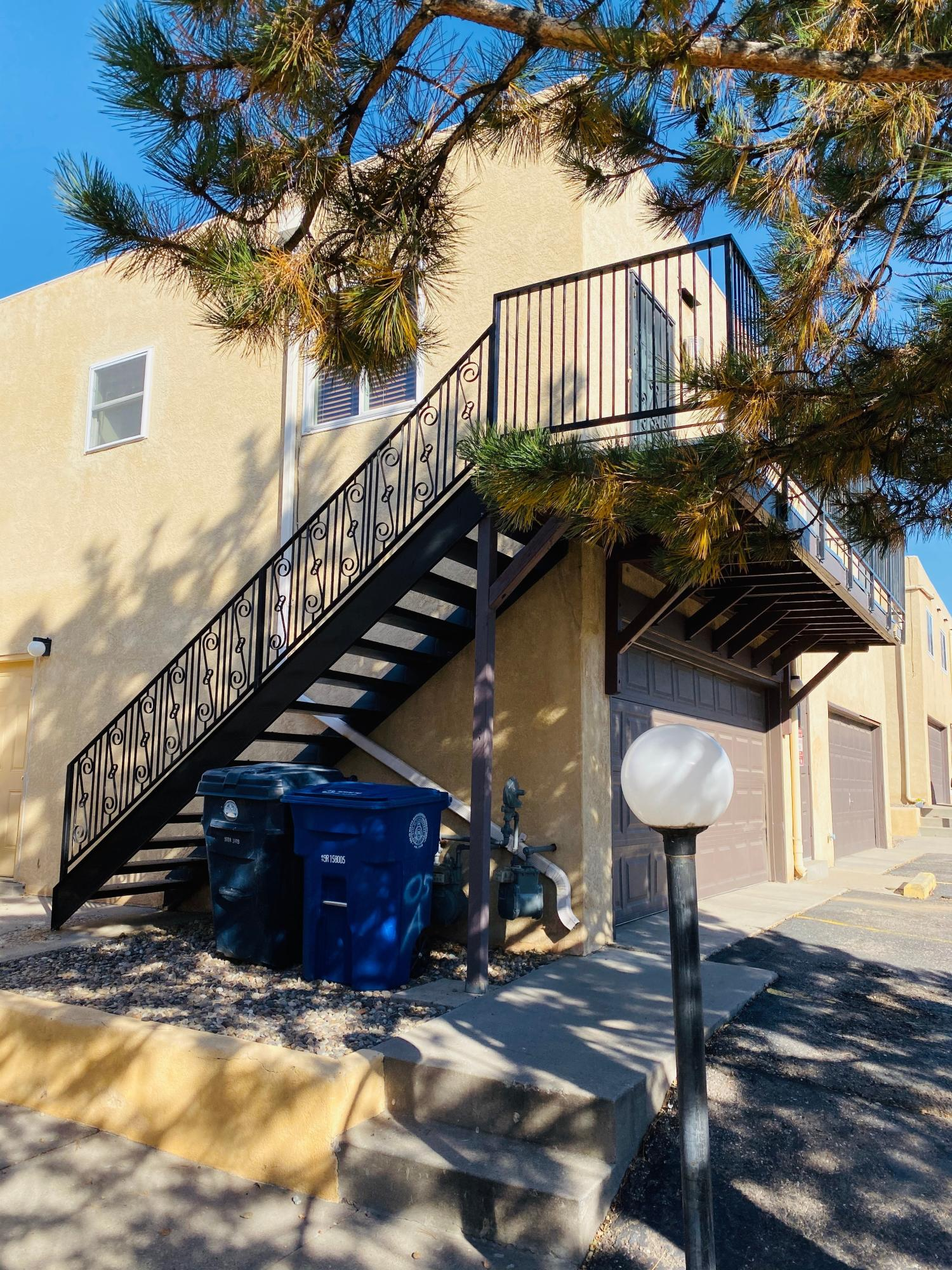 Great updated Condo! Super Cute! Remodeled 2 bedroom 1 bathroom. This appealing condo has a new furnace, new air conditioner, and also a new dishwasher! Shared Garage makes for increased security and parking.Walking distance to Tramway for hiking, biking and walking trails.