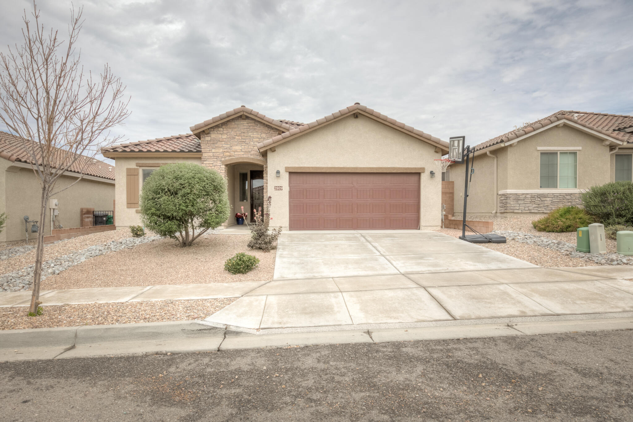 Welcome home to this charmer in Cabezon! This 4 bedroom home has it all.  The open layout is perfect for entertaining, enjoying family or just cooking dinner in the beautiful kitchen and being able to watch TV. The kitchen has granite counters, new hardware, over the island lighting, and tons of storage! The master suite is a spacious room with a double vanity, walk-in shower and closet. Enjoy the great sized backyard that is a blank slate ready for you to make your own. This home is walking distance to schools, parks and conveniently located close to shopping and restaurants.