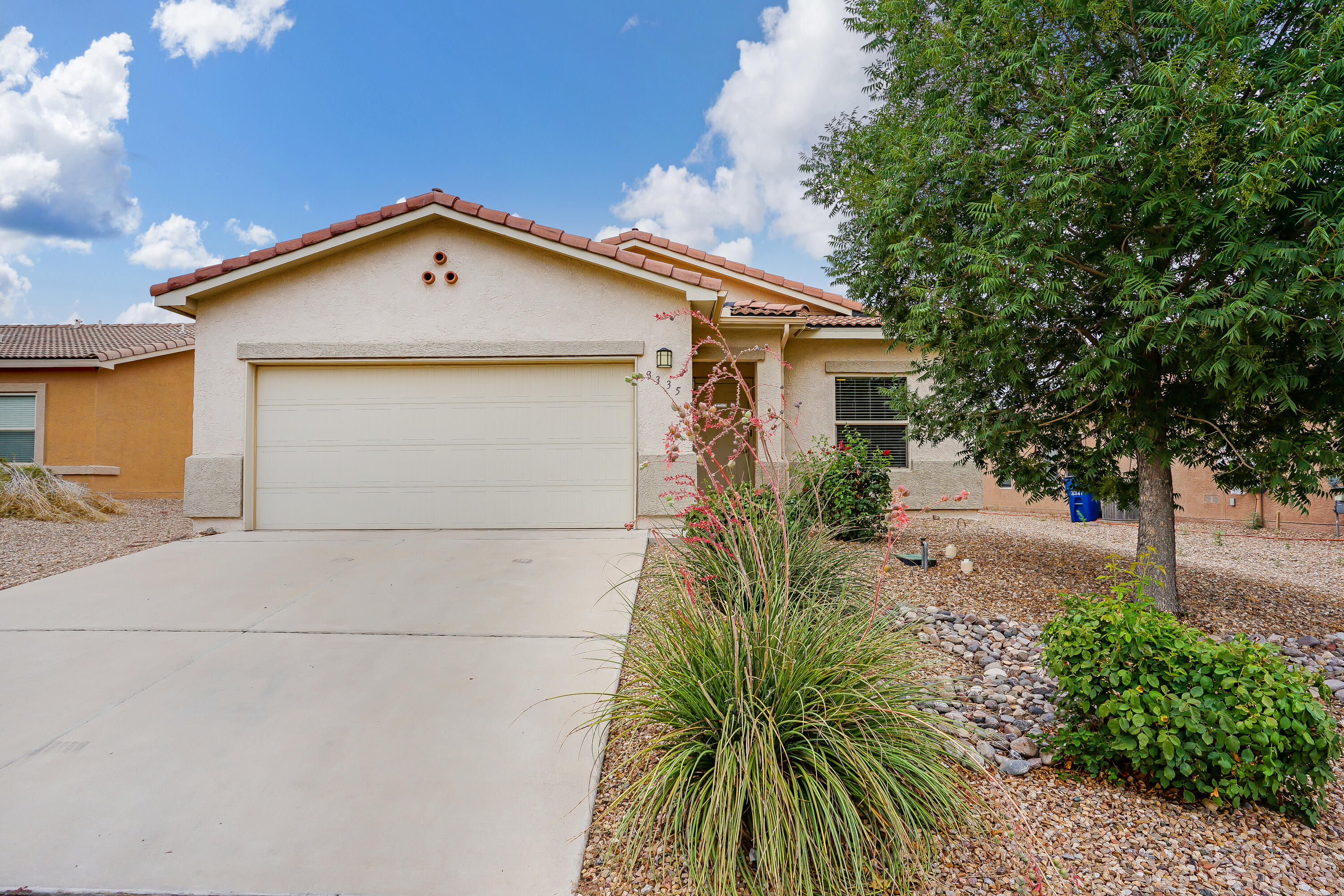 This well maintained home has ample room with 3 bedrooms & 2 full bathrooms, 2 living areas. The kitchen opens up to the family/dining room and is great for entertaining. This home offers no worry landscaping yet a gorgeous curb appeal. Easy access to I-25, shopping, entertainment, schools, Facebook and new shopping centers. Don't miss this opportunity, make an appointment to see it today!