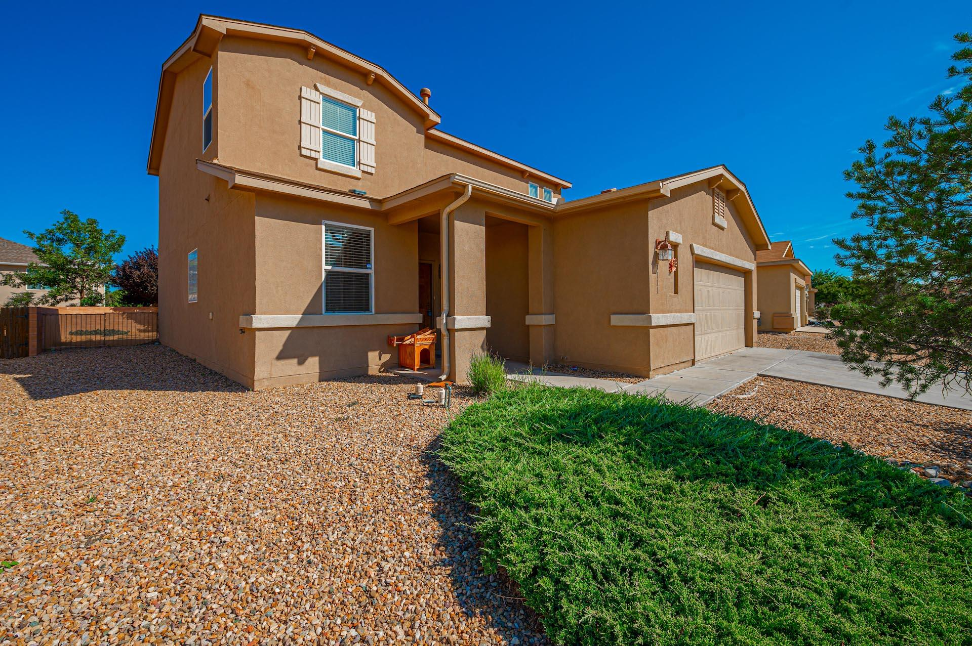 Very open floor plan with downstairs Master Suite. Tile surround fireplace, stainless steel appliances, granite counter tops, ceramic tile back splash in kitchen. Refrigerated air will keep you cool all summer long. Planned community with landscaped walking trails & beautiful views. Easy access to I-25 & minutes to Albuquerque.