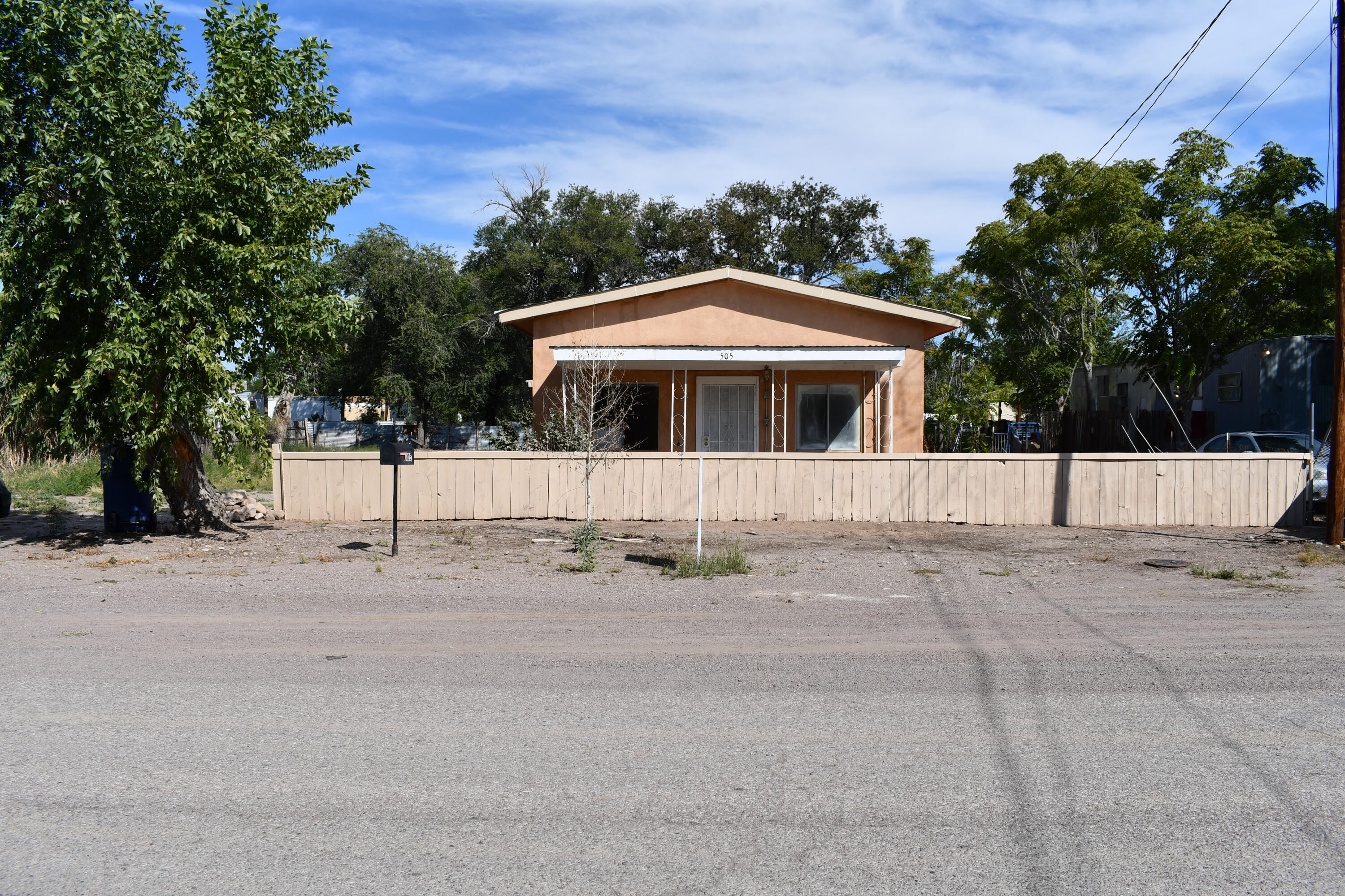 Great Duplex near collage ready to rent out, or have a guest house/ mother in law suit. Great potential to generate extra income by living in one unit and renting the other. Easy access to freeway and close to Stores. Plenty of yard access for a RV with hook up.
