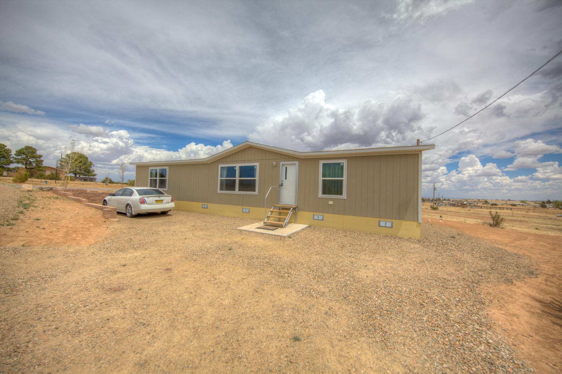 New manufactured home on 1 acre in Edgewood close to Wal Mart. 3 bedrooms 2 bath move in ready, Community water new septic system.