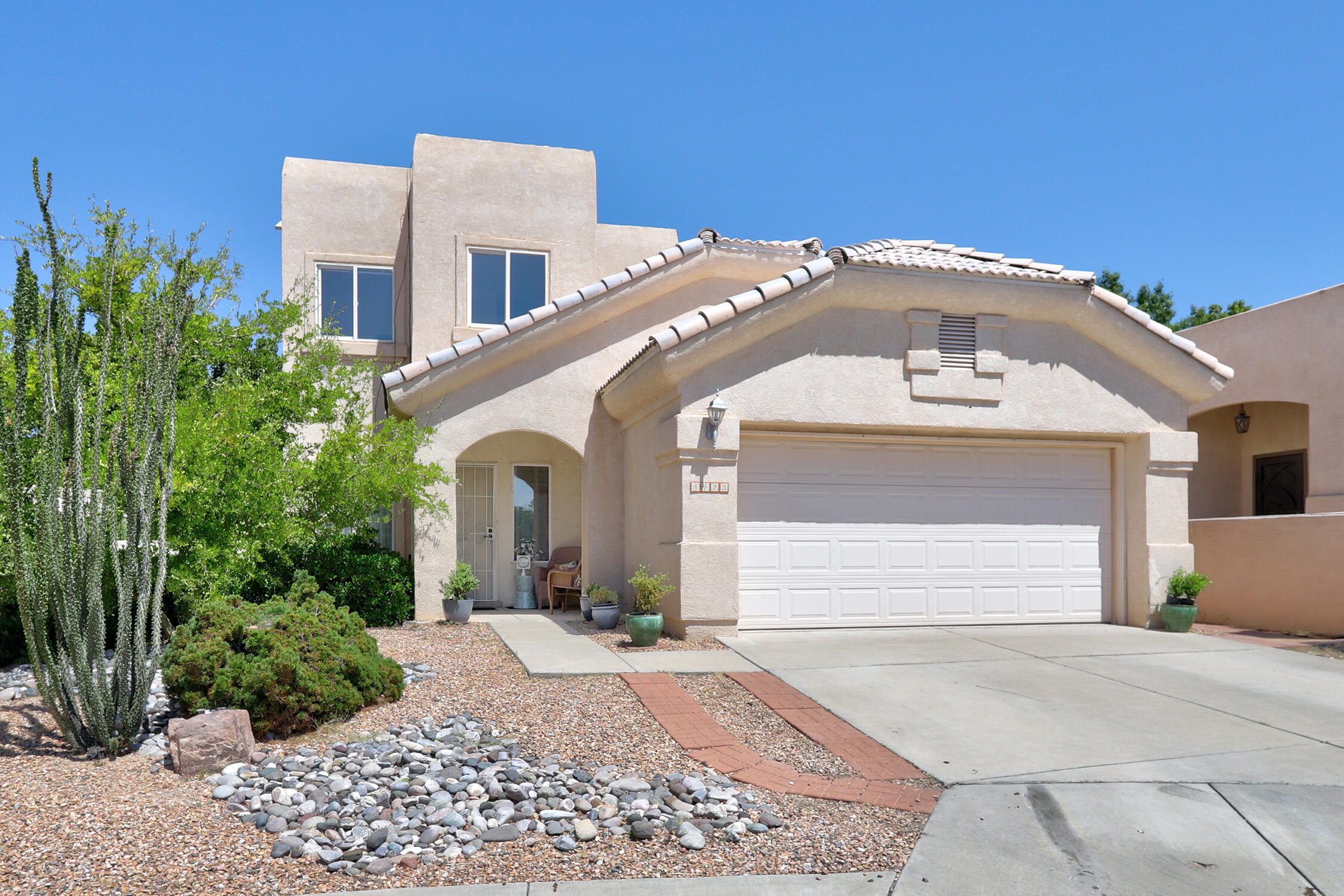 LIST PRICE CORRECTION to $354,500!!! La Cueva HS Dist! Shopping & Restaurants near! Possible 4 br! MASTER BEDROOM MAIN FLOOR w/full bath, sep. shower & tub w/ double sink & walk in closet!! Loft w/closet, 2 bedrooms & full bathroom upstairs. Lots of storage! Newer Furnace, Newer Refrigerated AC, Newer Hot Water Heater & Newer Dishwasher! **House & Carpets Professionally cleaned 8/24/21, Professionally painted throughout 9/7/21 AND $3000 flooring allowance with ACCEPTABLE offer! Roof maintenance done 9/22/21** Refrigerator, Washer & Dryer Stay! Abundance of shade from fruit bearing Apple, Apricot, Plum & Cherry trees. Matured Grape Vines along side bearing many grapes to enjoy! Home on a Cul-de-sac!  Ready for new owners to make it their own!