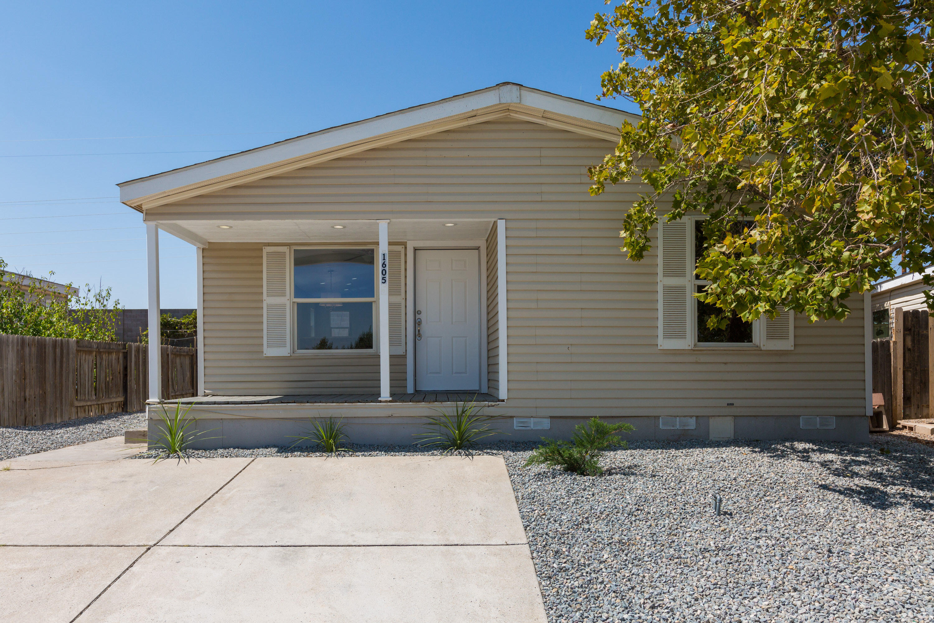 Fully updated 2 bedroom 1 bath 843 sq home. Nice open floorplan with ample kitchen storage, granite countertops and vaulted ceiling's. New tile throughout home. Custom backslash in kitchen and bathroom. Beautiful upgraded tiled shower. Nice size backyard to make your own. CASH only no deactivated title