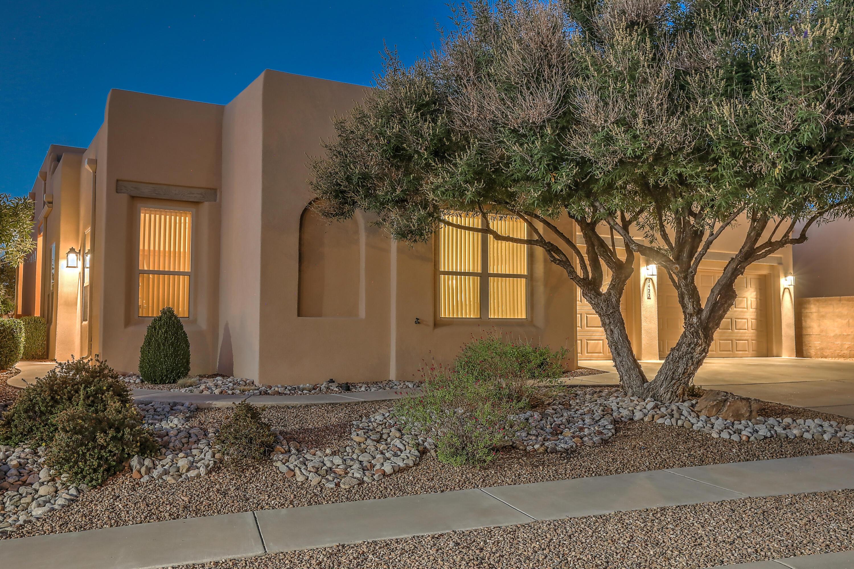 7423 Enchanted Sky Lane NE, Albuquerque, NM 87113