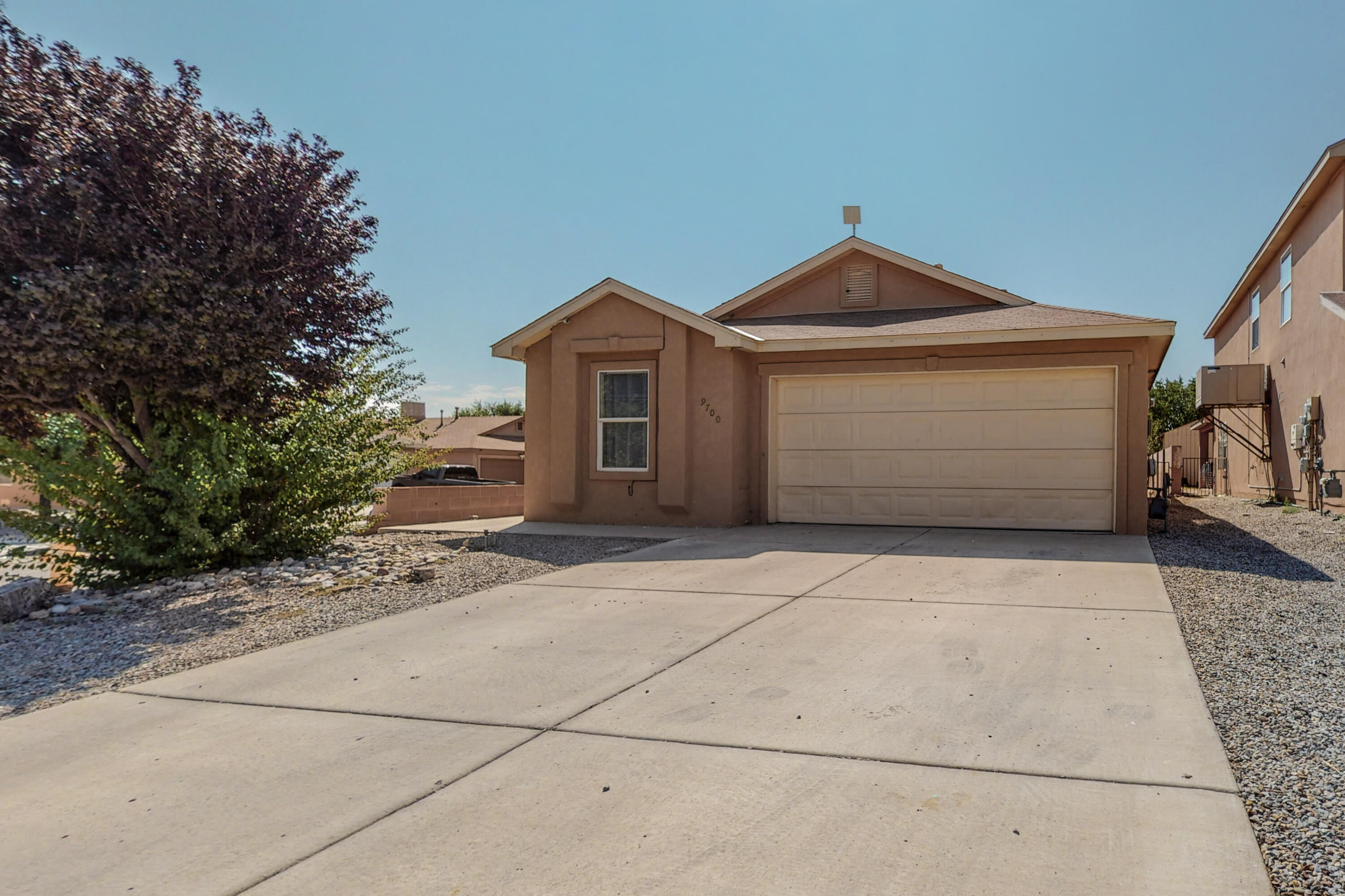 *MULTIPLE OFFERS RECEIVED* Great opportunity for first home or investment! Home needs some TLC and priced accordingly. Great floor plan and corner lot to top it off! Living room tile is only 6 months old, kitchen flooring redone in 2017,  kitchen countertops are Granite natural stone with beautiful central island, second bathroom redone in 2020 with cultured marble shower and countertop. Home has an extra room that can be used as an office/extra bedroom with double doors. HUGE  opportunity with this one! Jump on it quick!
