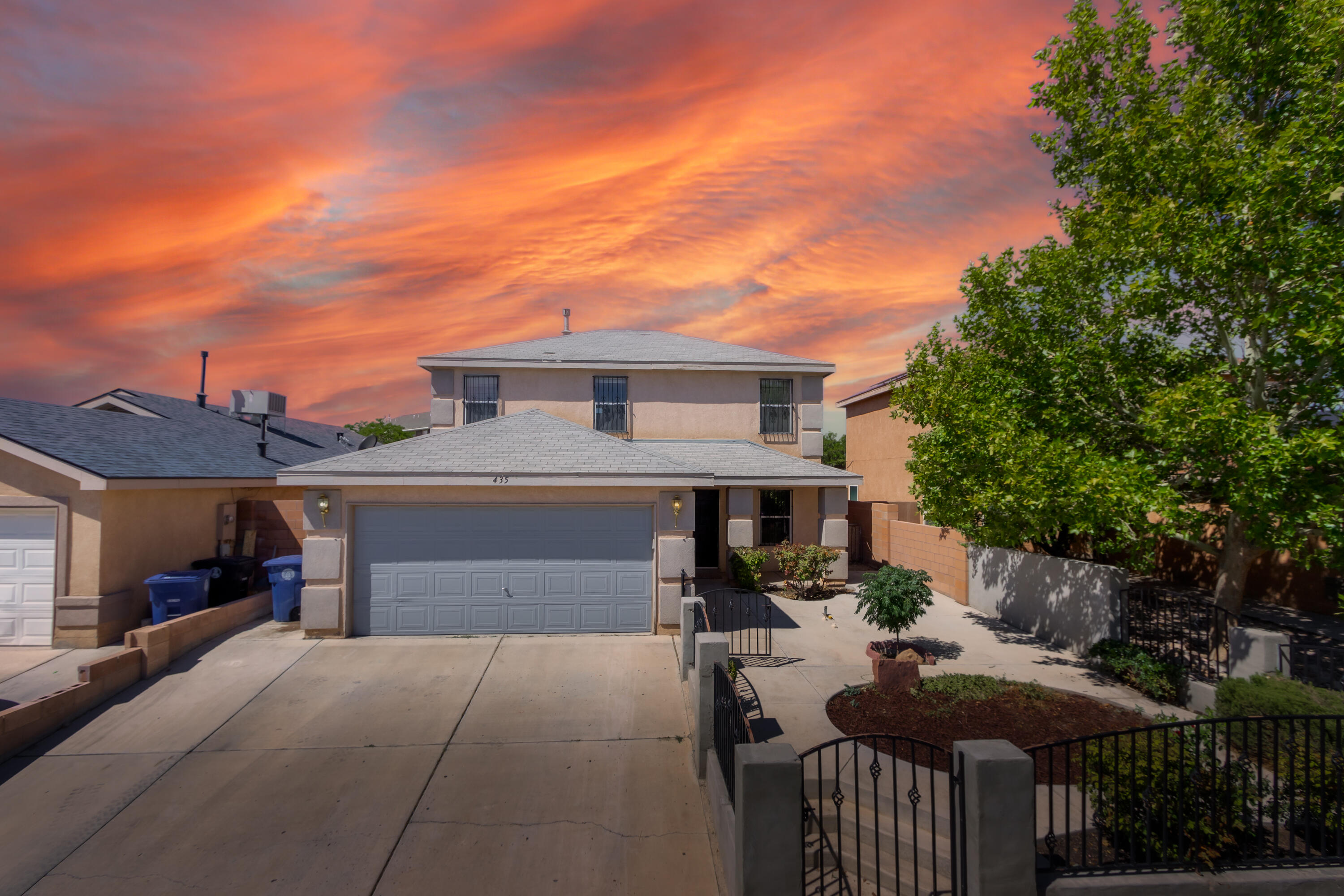 Welcome to this lovely 2 story home! Gated front courtyard provides a bit more privacy. Well maintained with 3 bedrooms and a loft. Open living, kitchen and dining area perfect for entertaining. Kitchen island, stainless steel appliances and large pantry ideal for any chef. Covered back patio and backyard is perfect size for summer BBQ's and entertaining.