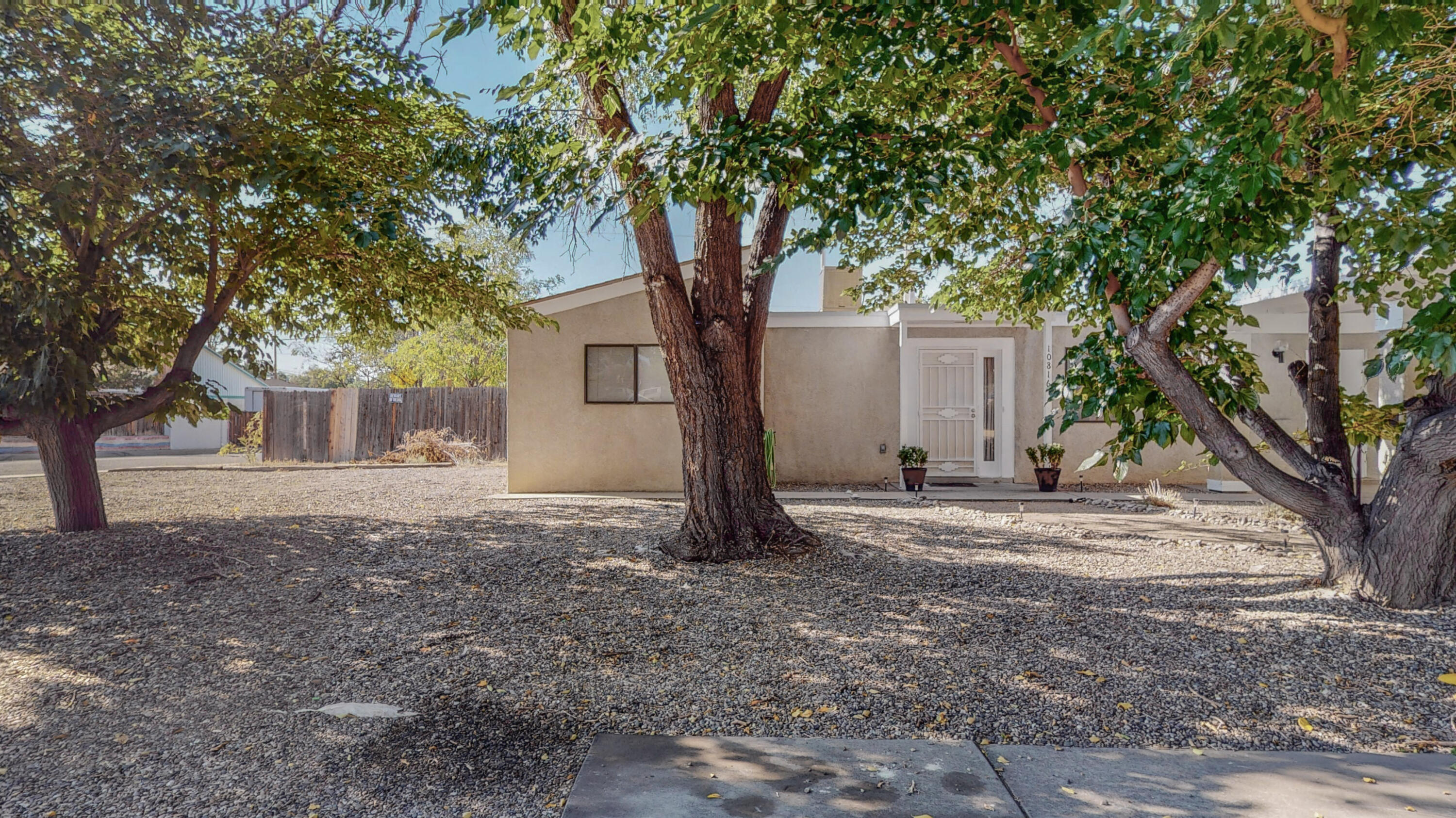 This is a great 2 bedroom, 1 full bath home located on the eastside of Albuquerque. The home features a xero scapped yard front and back and is on an approximate .25 acres. The home has just had a new roof and close access to grocery and several types of businesses.